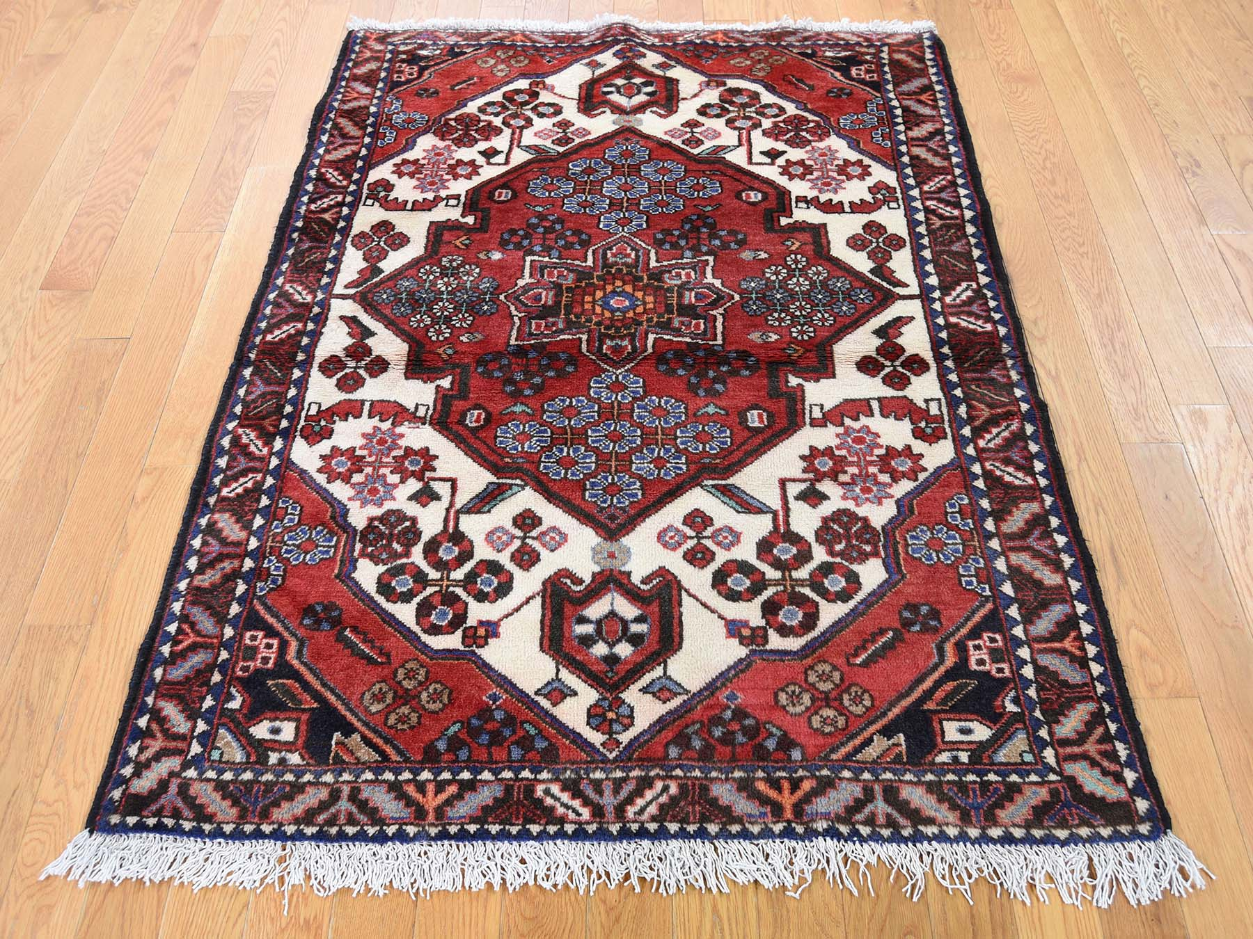 Handknotted Oriental Pure Wool Rug