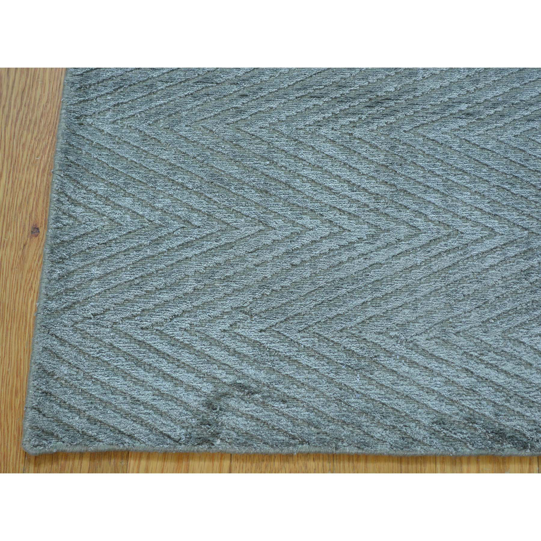 2- x 3- Grey Modern Art Silk Tone on Tone Oriental Rug Hand Loomed