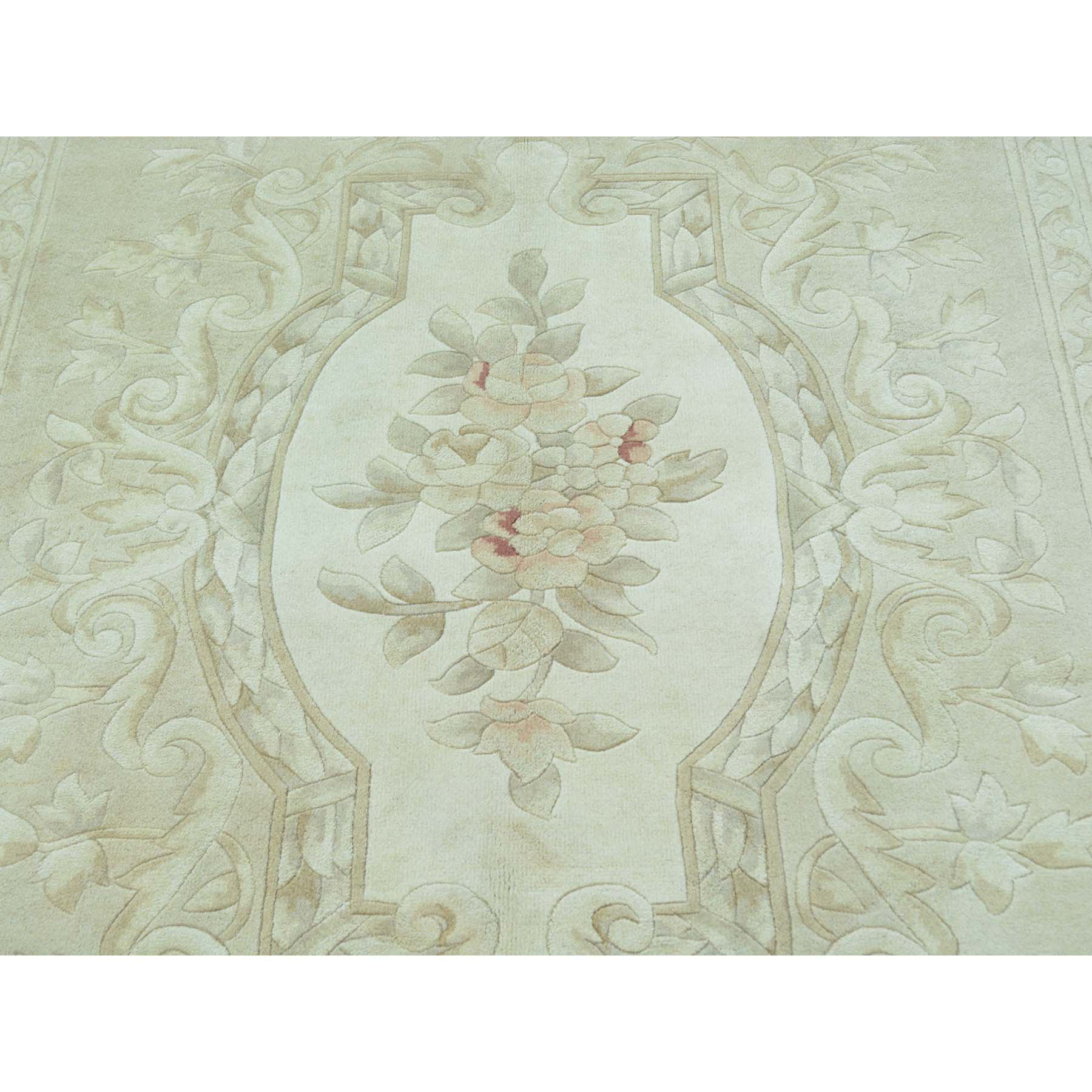 """5'8""""x7'10"""" Savonnerie Thick and Plush Hand Knotted Pure Wool Oriental Rug"""