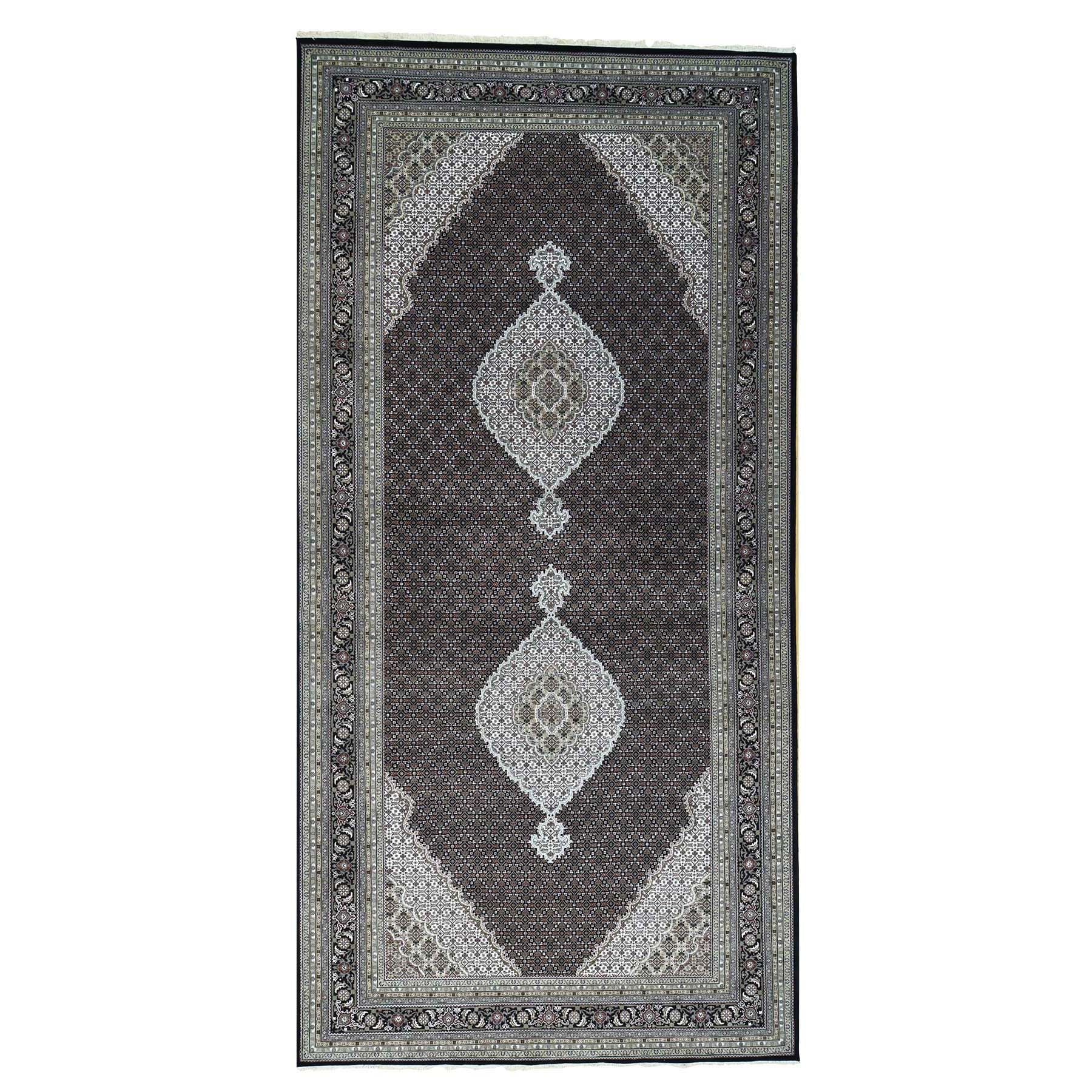 "9'X18'1"" Hand-Knotted Wool And Silk Tabriz Mahi Wide Gallery Size Rug moac097a"