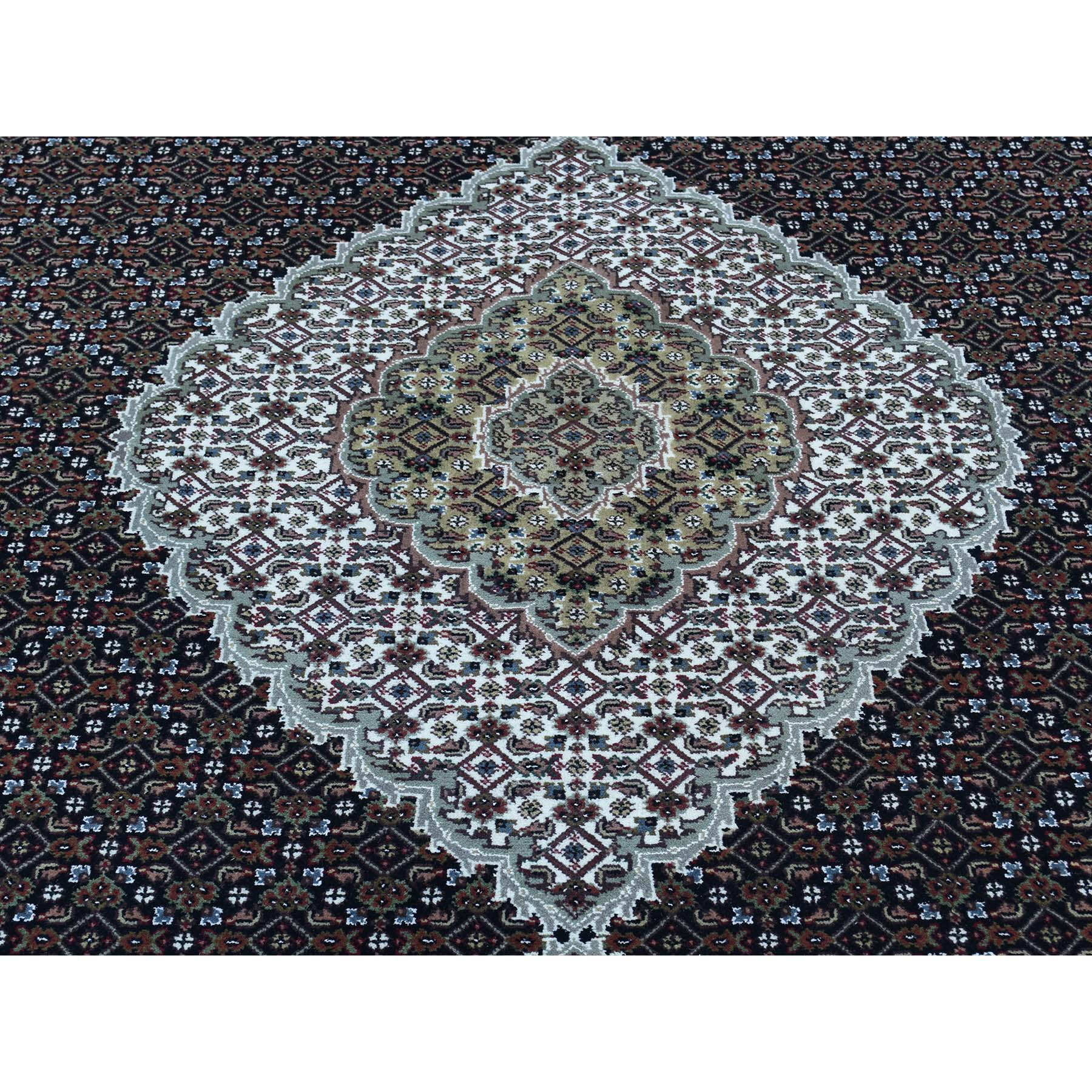 9-x18-1  Hand-Knotted Wool and Silk Tabriz Mahi Wide Gallery Size Rug