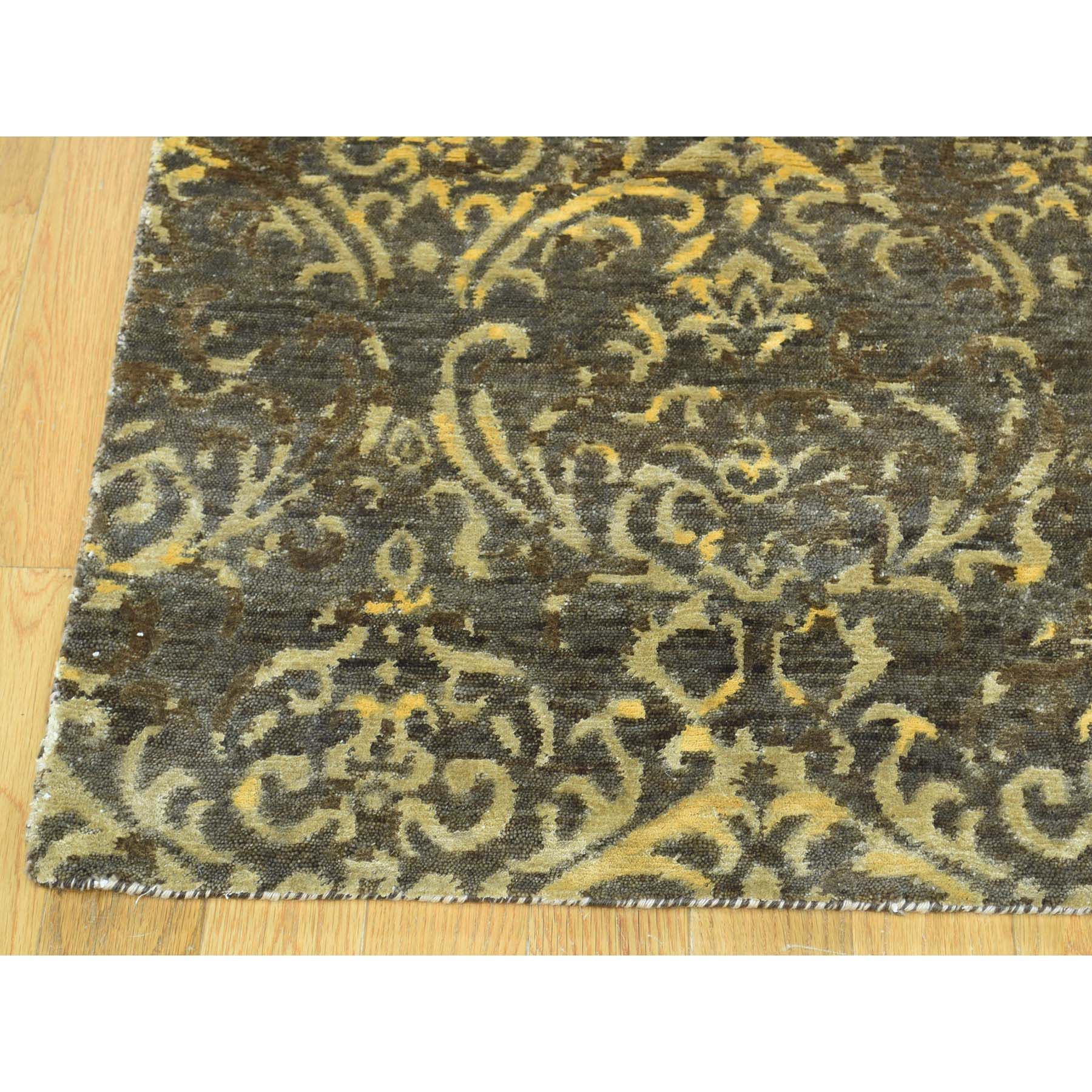 """4'6""""x18'3"""" Hand-Knotted Tone on Tone Damask Wool and Silk Gallery Rug"""