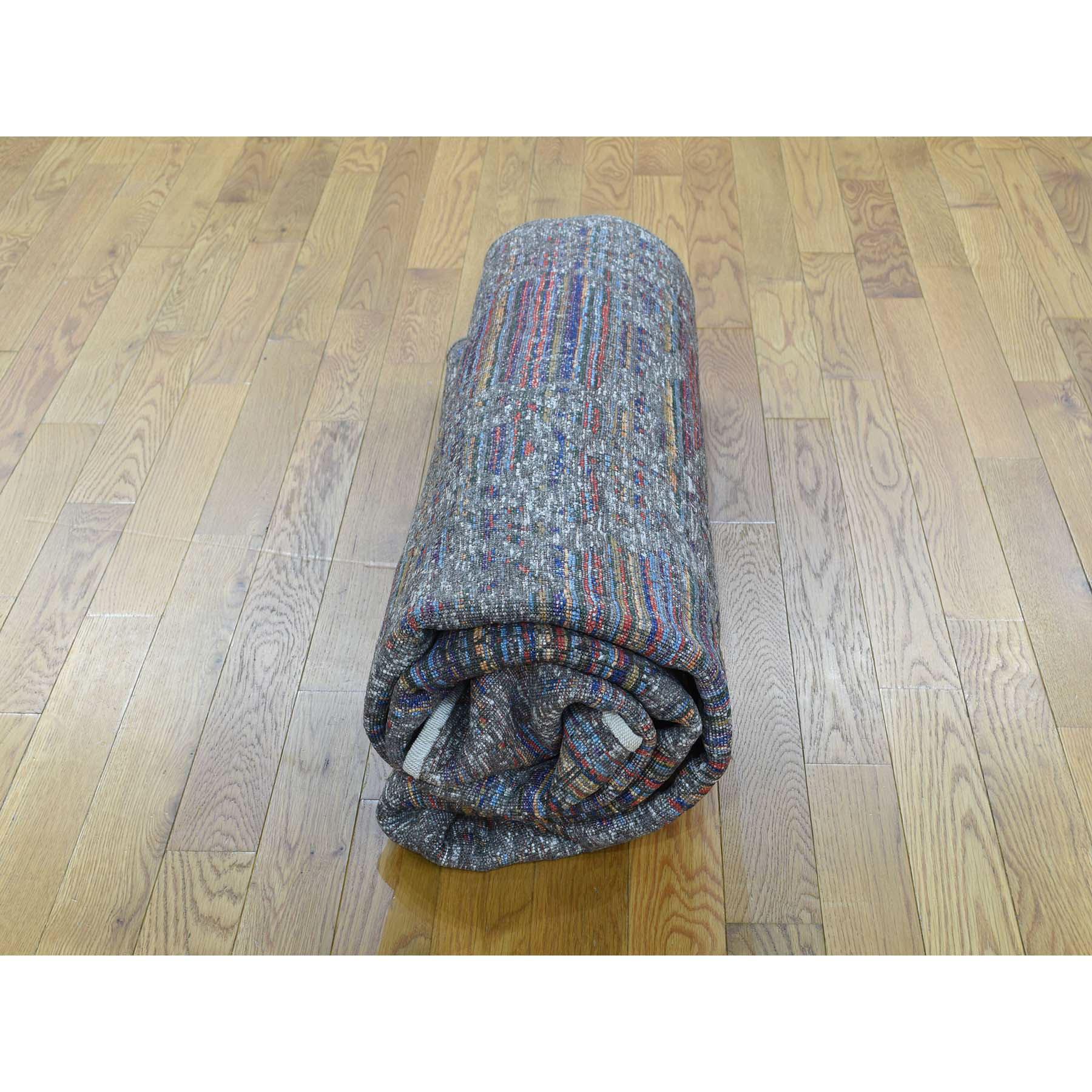 "5'10""x7'10"" Handspun Wool and Silk Gabbeh Thick And Plush Handmade Rug"