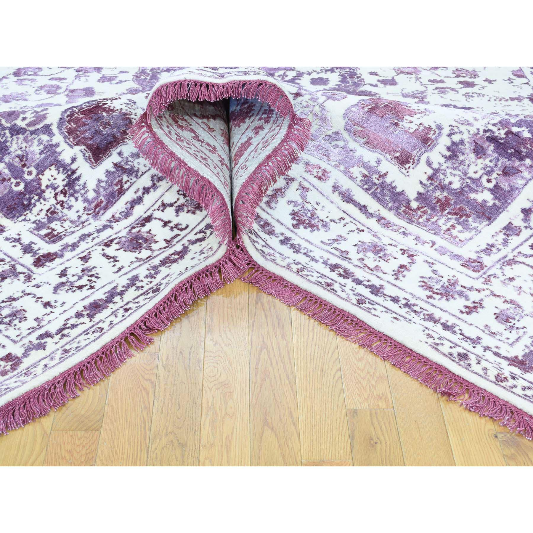 "9'2""x12'1"" Wool and Silk Handmade Broken Persian Design Rug"