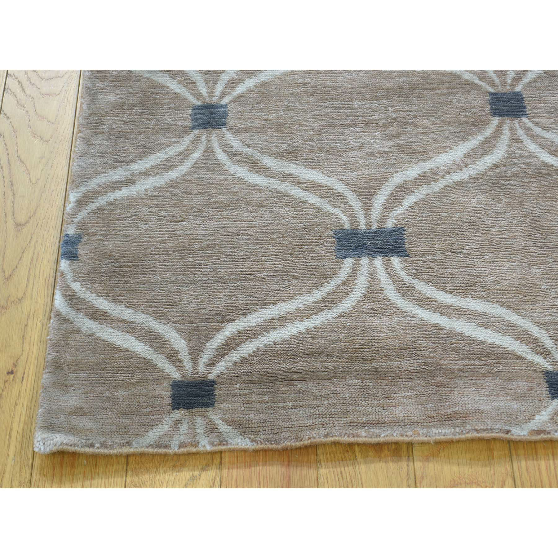 2-x3- Hand-Knotted Wool And Silk Modern Design Taupe Oriental Rug