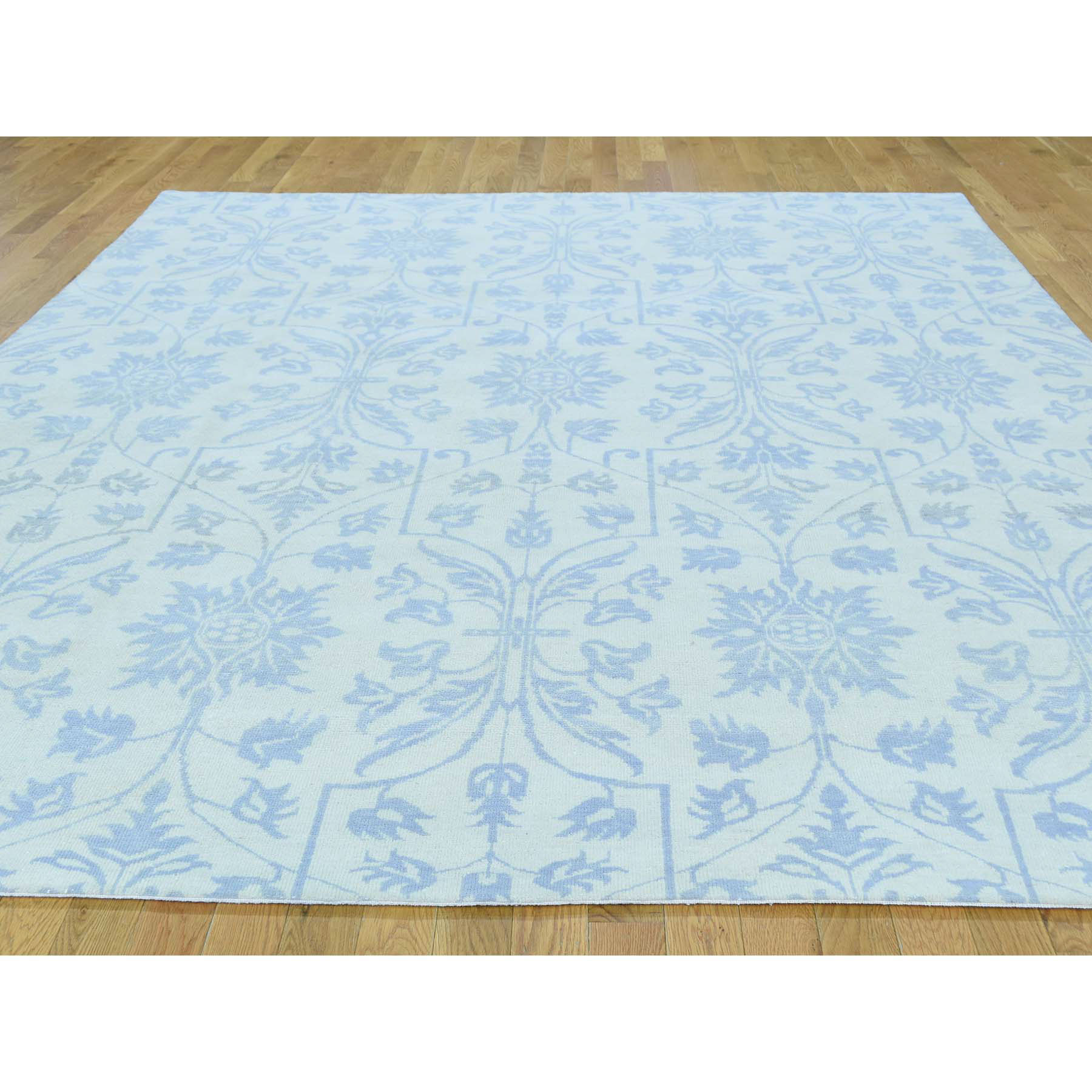 8-x9-10  Hand-Knotted Tone-on-Tone Arts and Crafts Design Oriental Rug