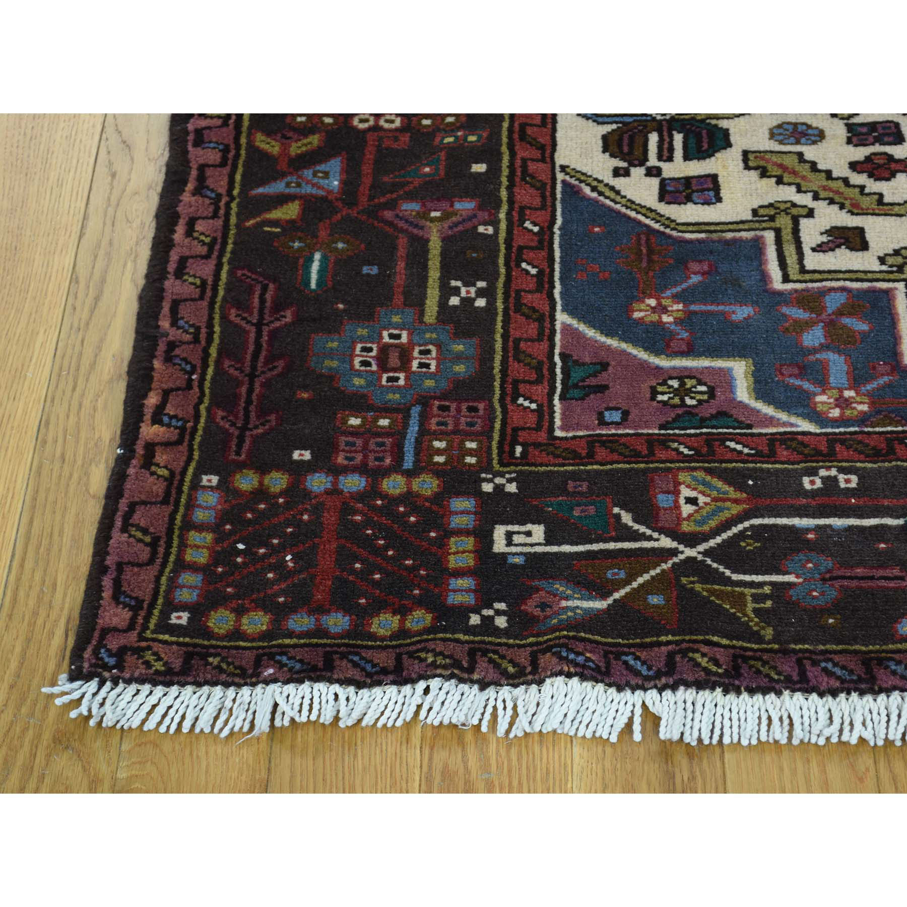 5-1 x6-7  Persian Karajeh Hand-Knotted Pure Wool Oriental Rug