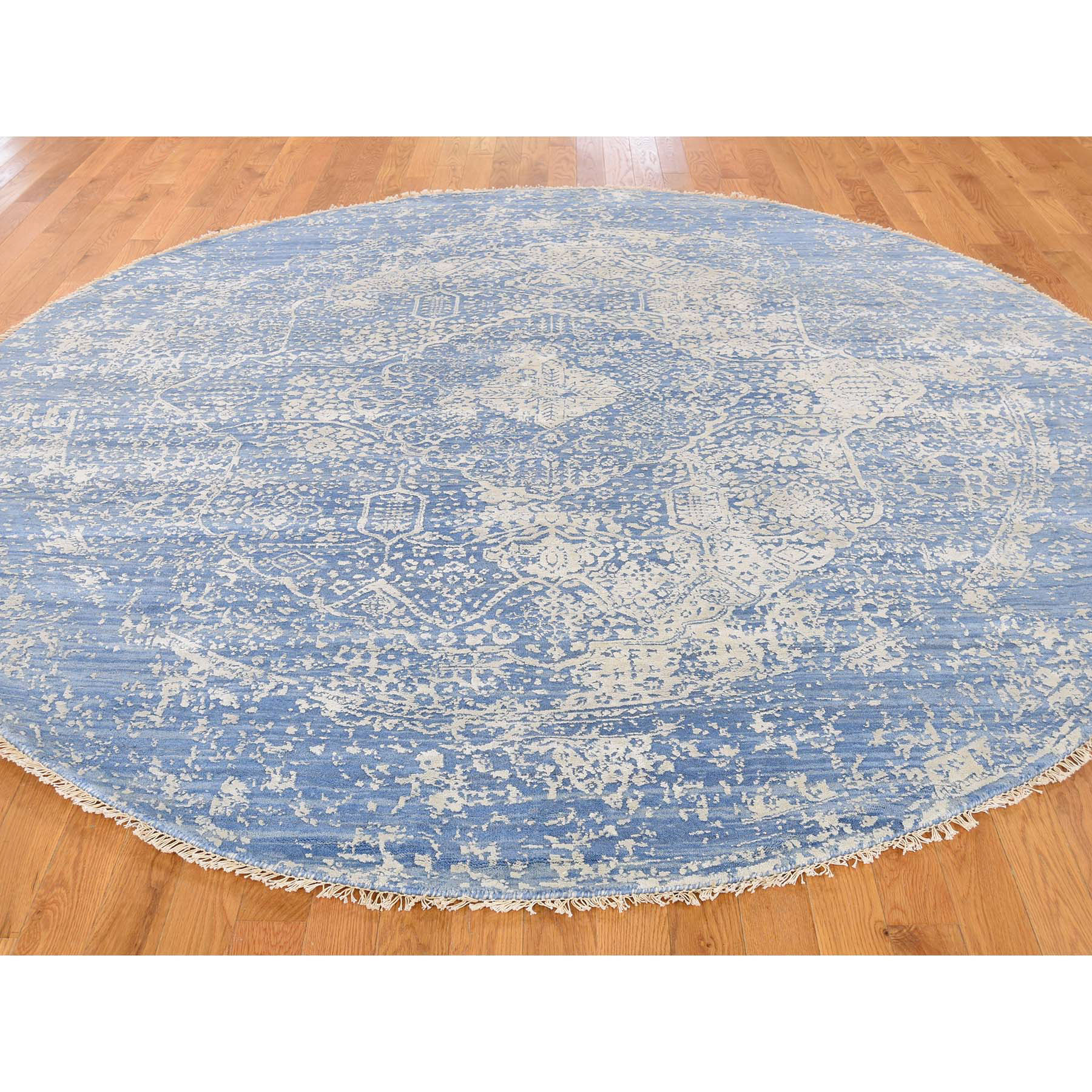 8-x8- Wool and Pure Silk Round Broken Persian Design Hand Knotted Rug
