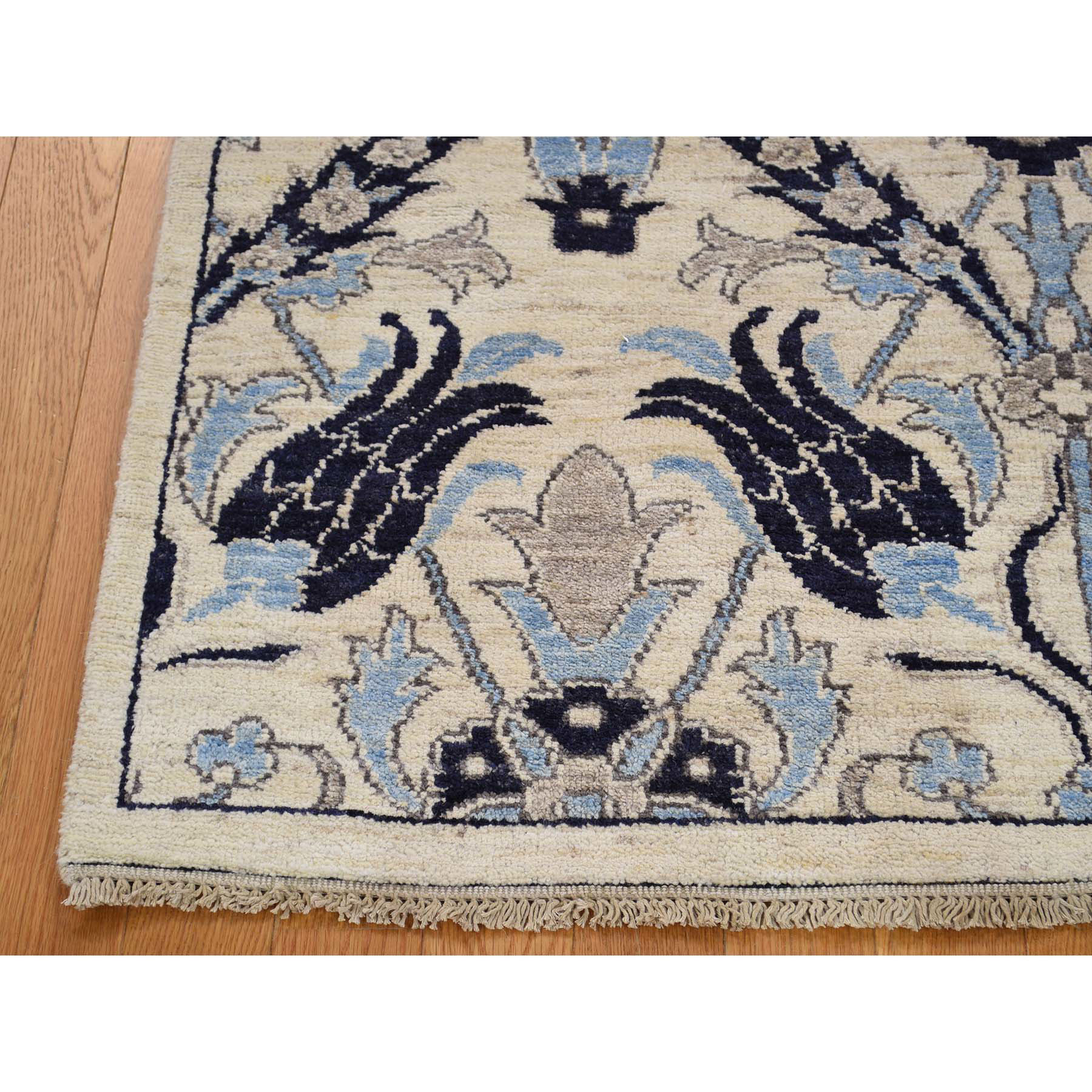 5-x7- Hand-Knotted Pure Wool Arts and Crafts Design Peshawar Oriental Rug