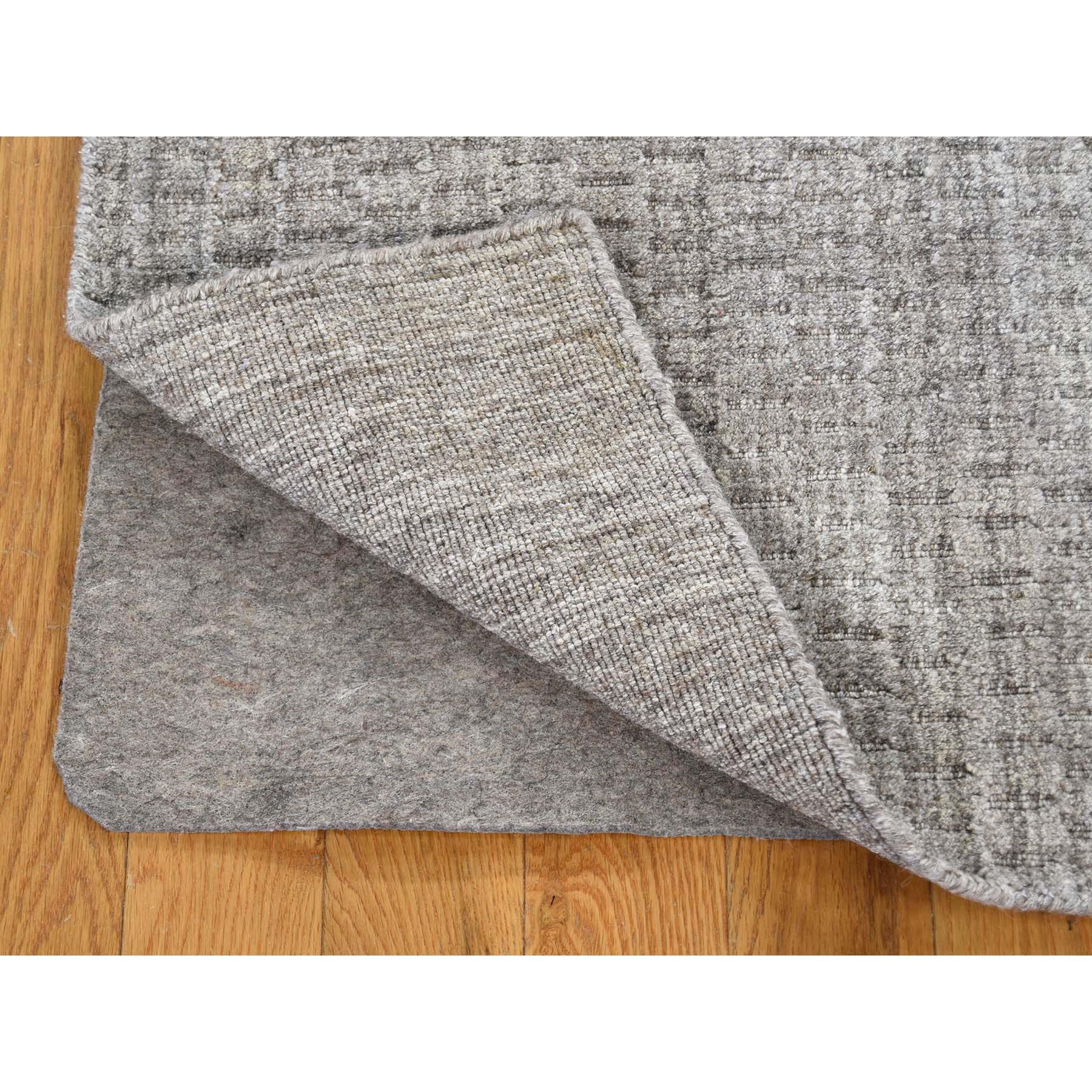 5-x7- Grey Pure Wool Tone on Tone Hand Loomed Oriental Rug