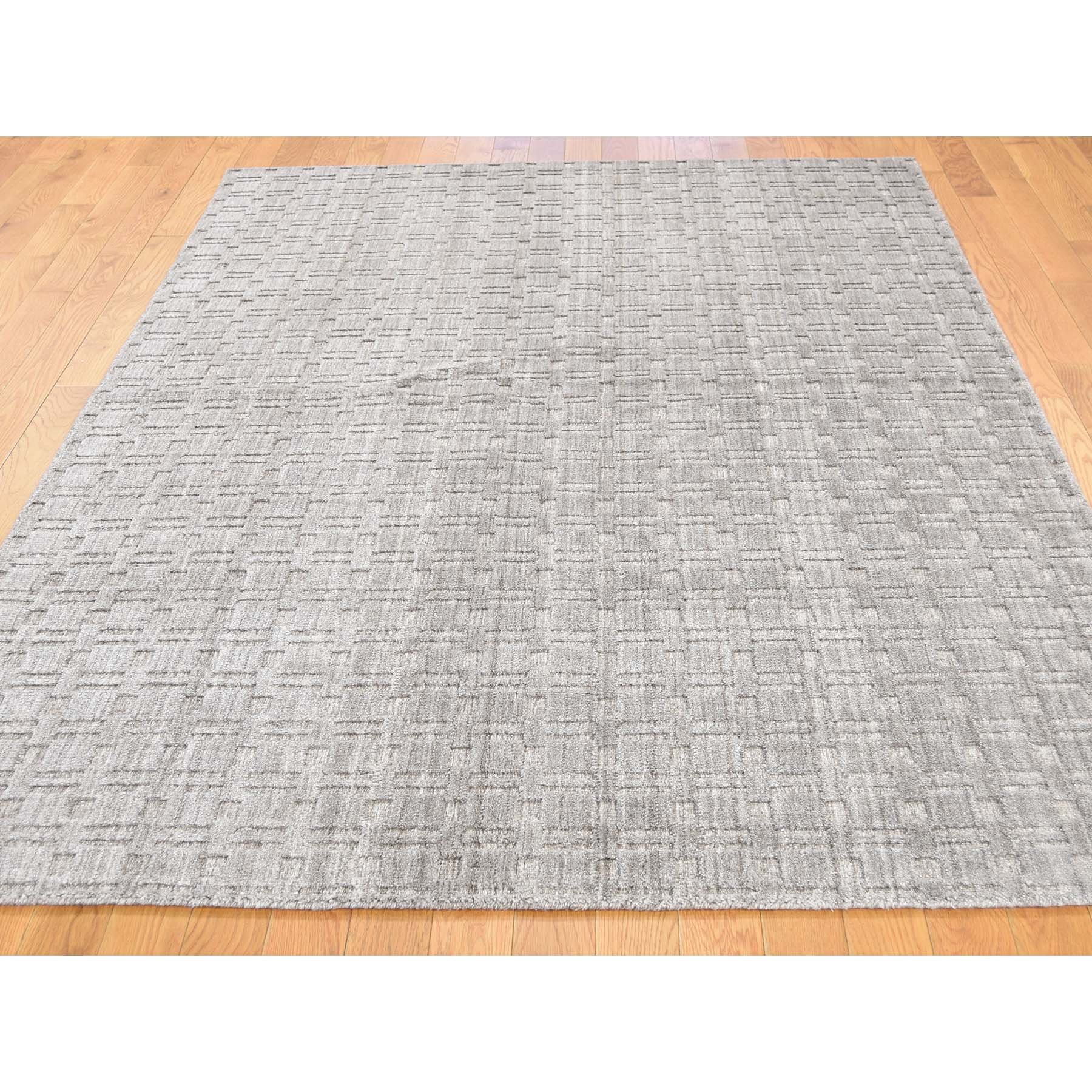 "5'x7'2"" Tone on Tone Pure Wool Hand-Loomed Oriental Rug"