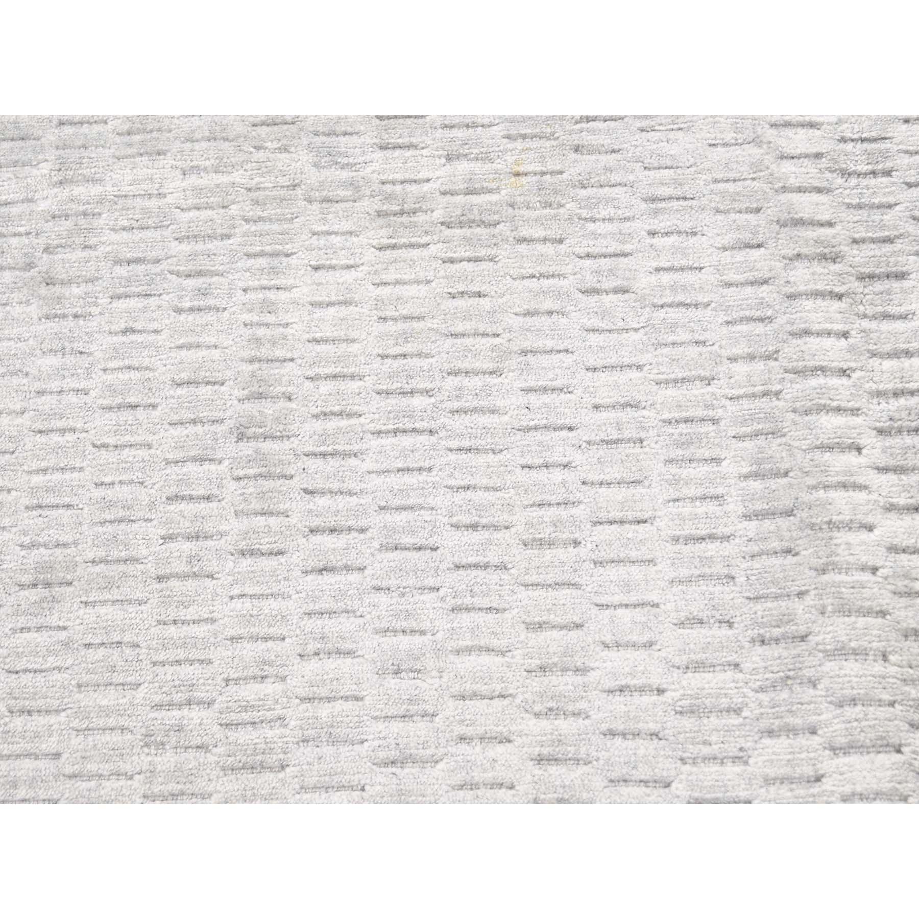 5-x7- Tone on Tone Hand-Loomed Pure Wool Oriental Rug