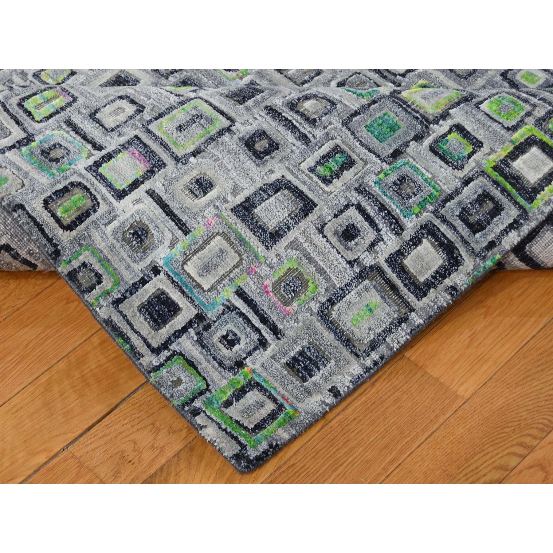 9-x12-3  Sari Silk with Square Design Hand-Knotted Oriental Rug