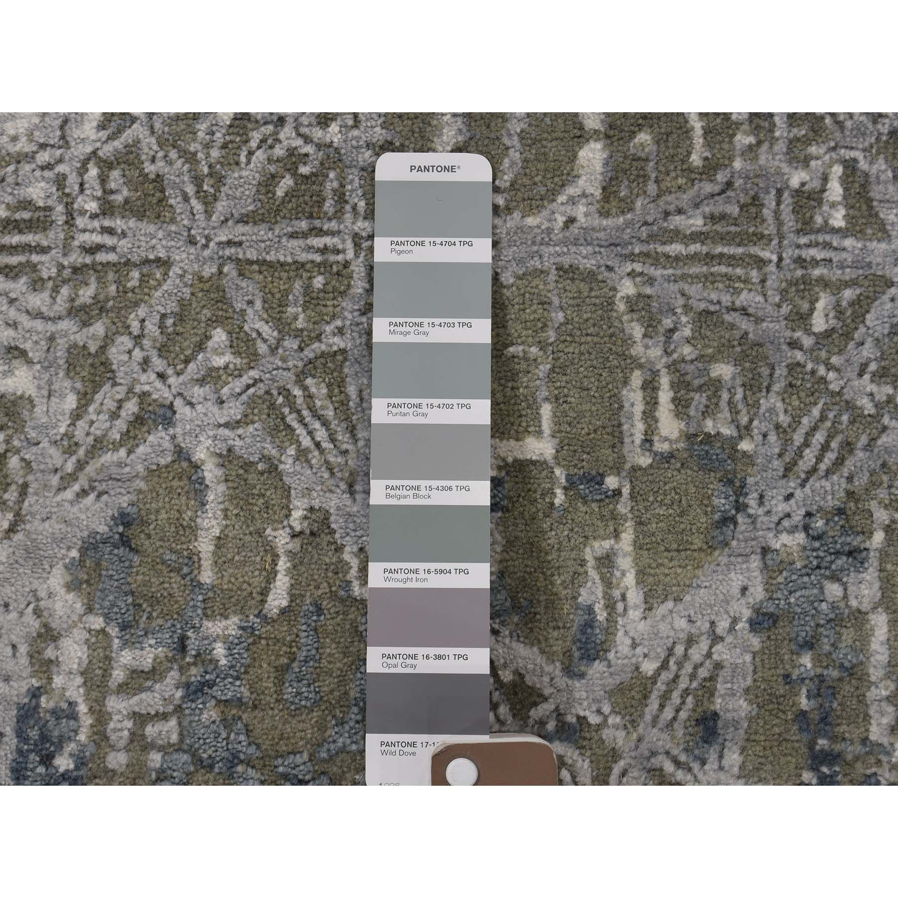 4-1 x5-10  THE HONEYCOMB Hand-Knotted Wool and Silk Award Winning Design Oriental Rug