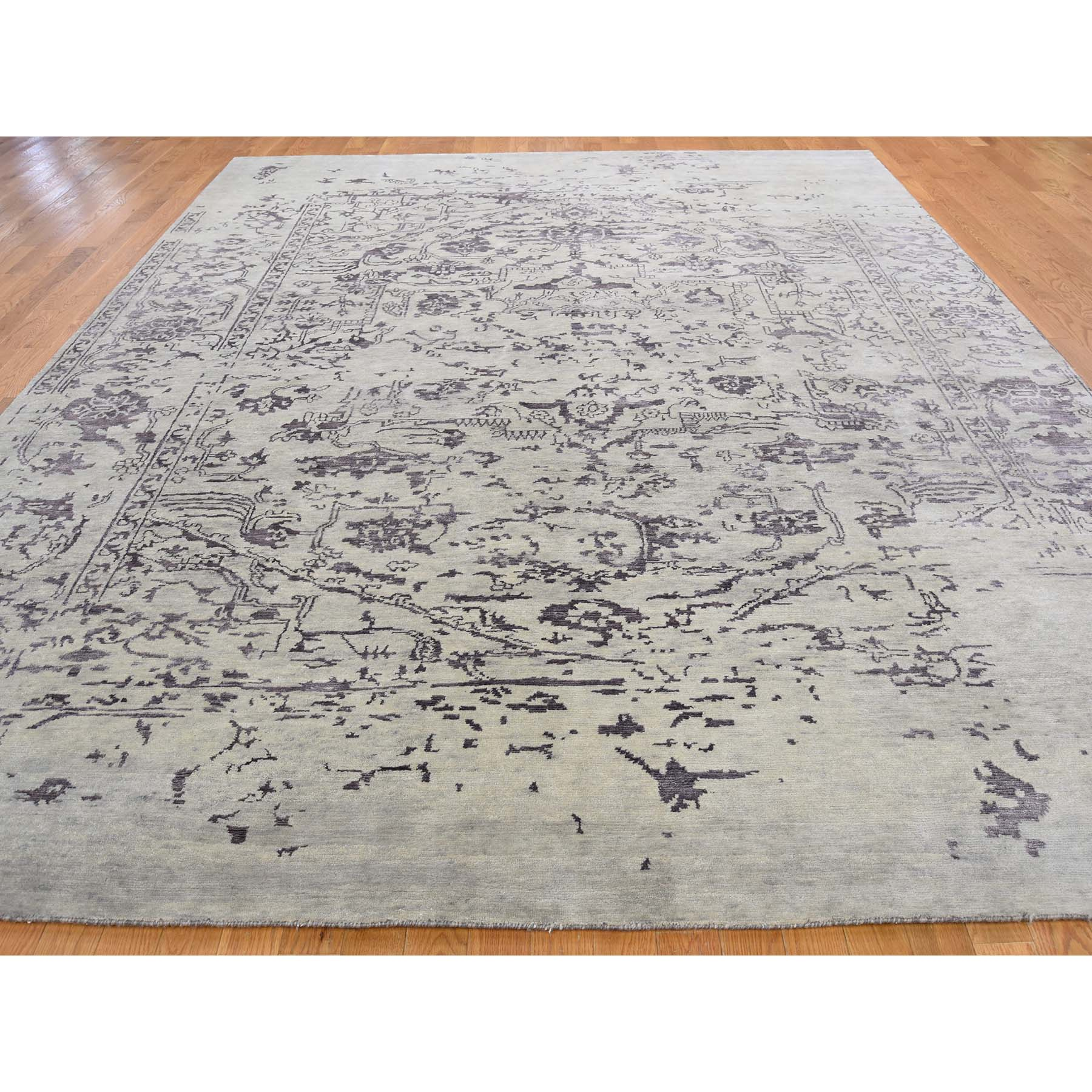 9-1 x12- Wool and Silk Tabriz Broken Design Oriental Rug Hand Knotted