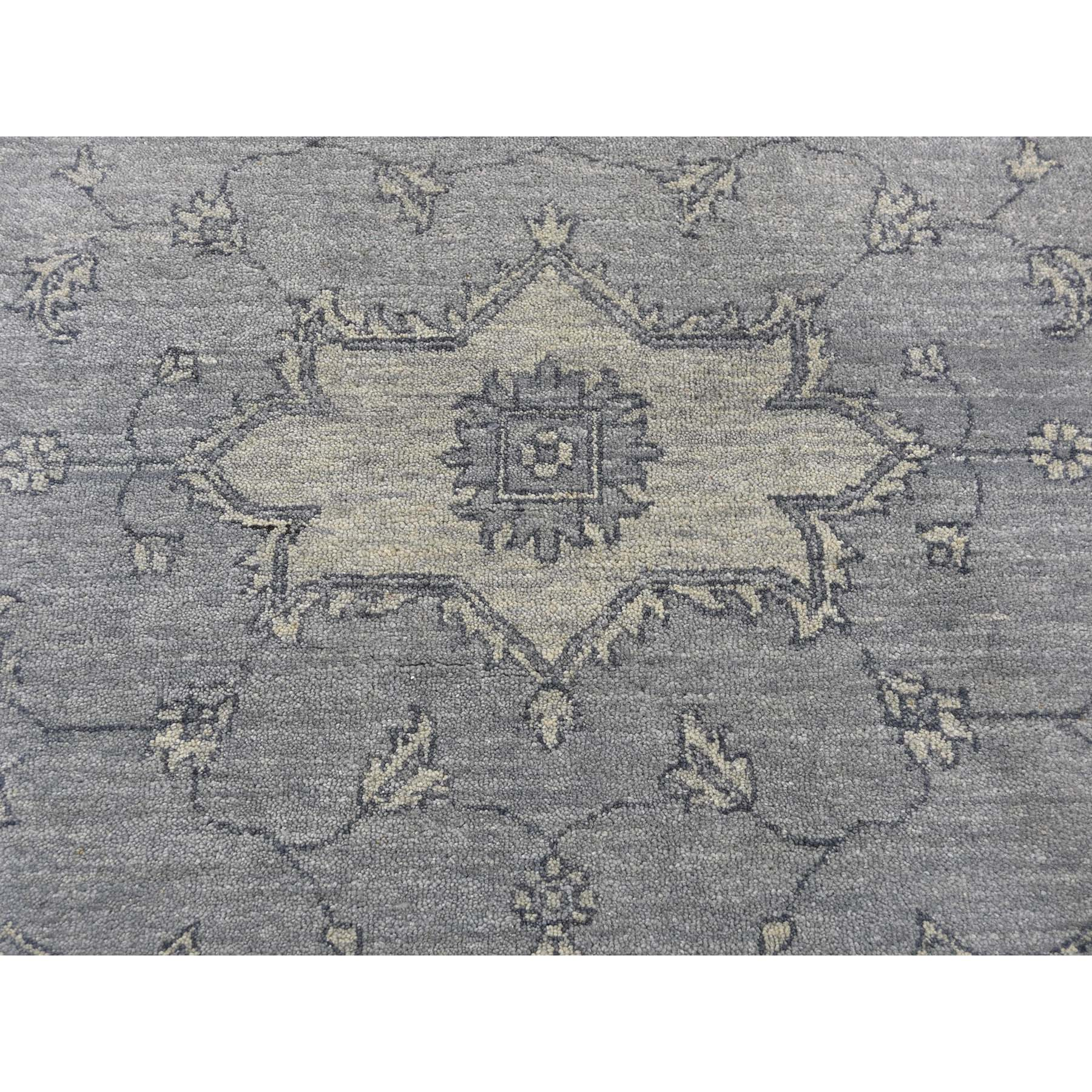 9-x12- Tone On Tone Grey Heriz Hand-Knotted Oriental Rug