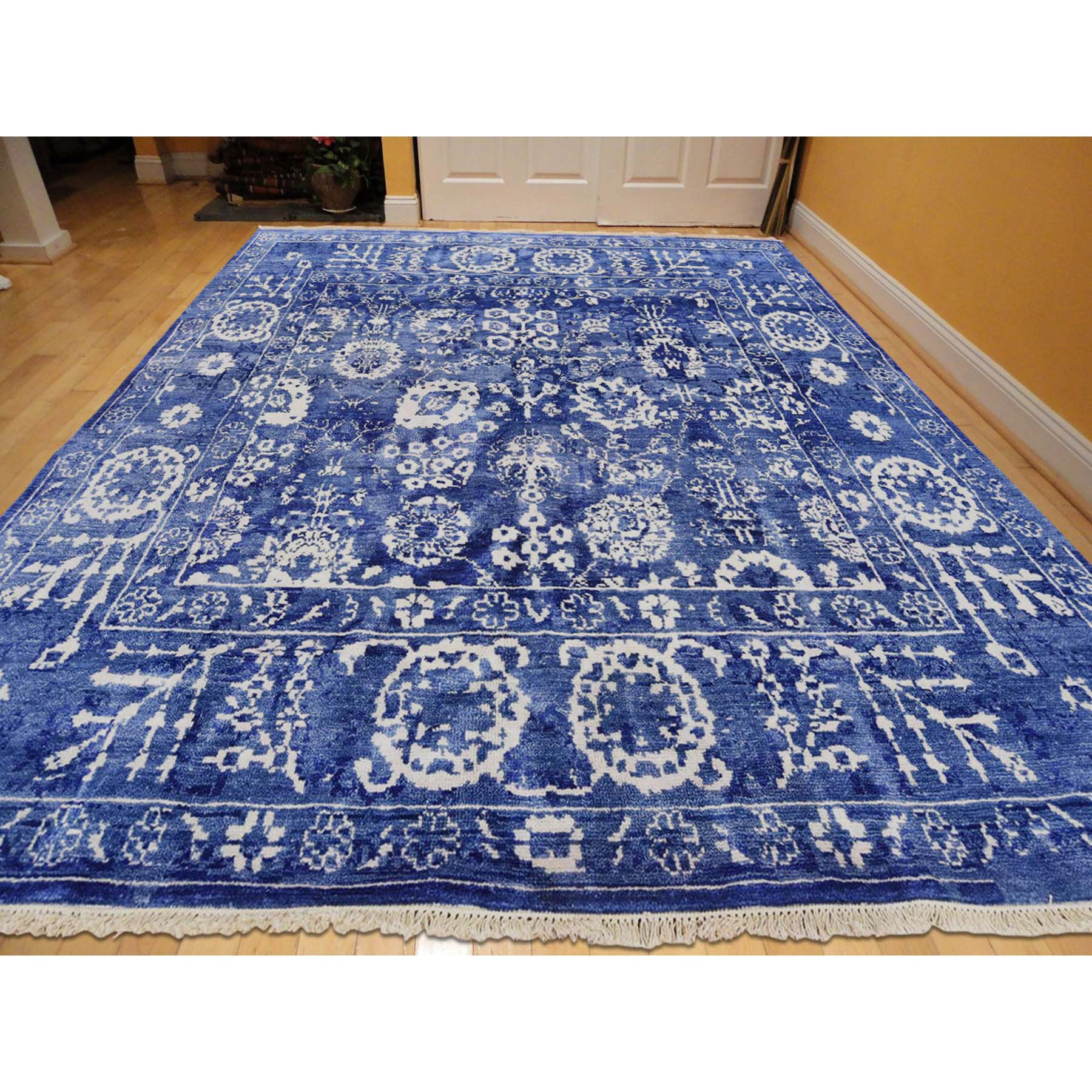 5-1 x5-1  Hand-Knotted Wool and Silk Tone on Tone Square Tabriz  Oriental Rug