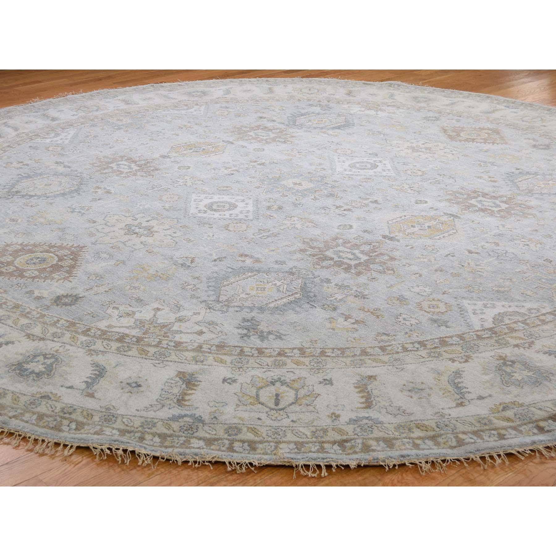 8-x8- Hand-Knotted Karajeh 100 Percent Wool Oriental Round Rug