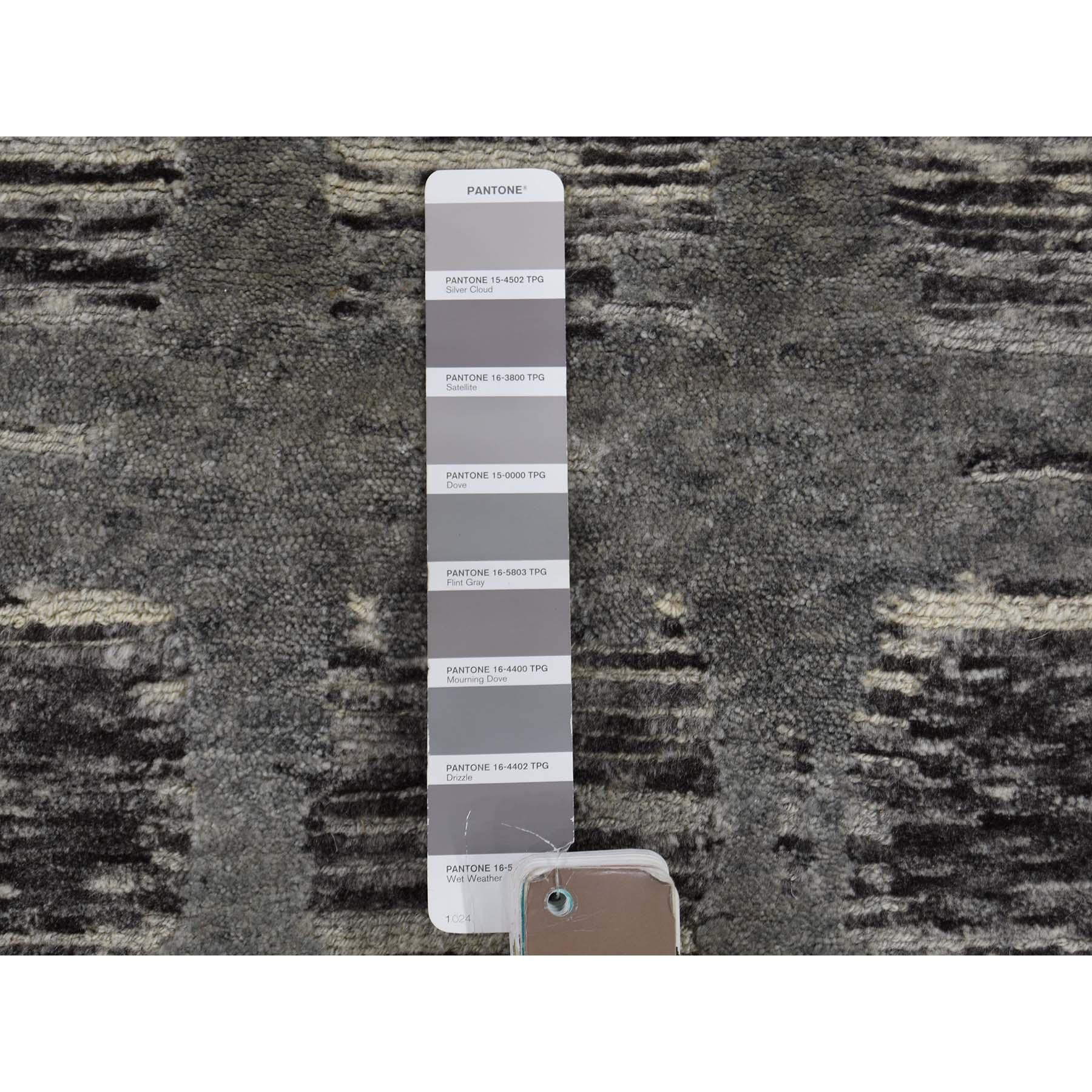 2-7 x6- Undyed Natural Wool Hand Spun Yarn Runner Oriental Hand-Knotted Rug
