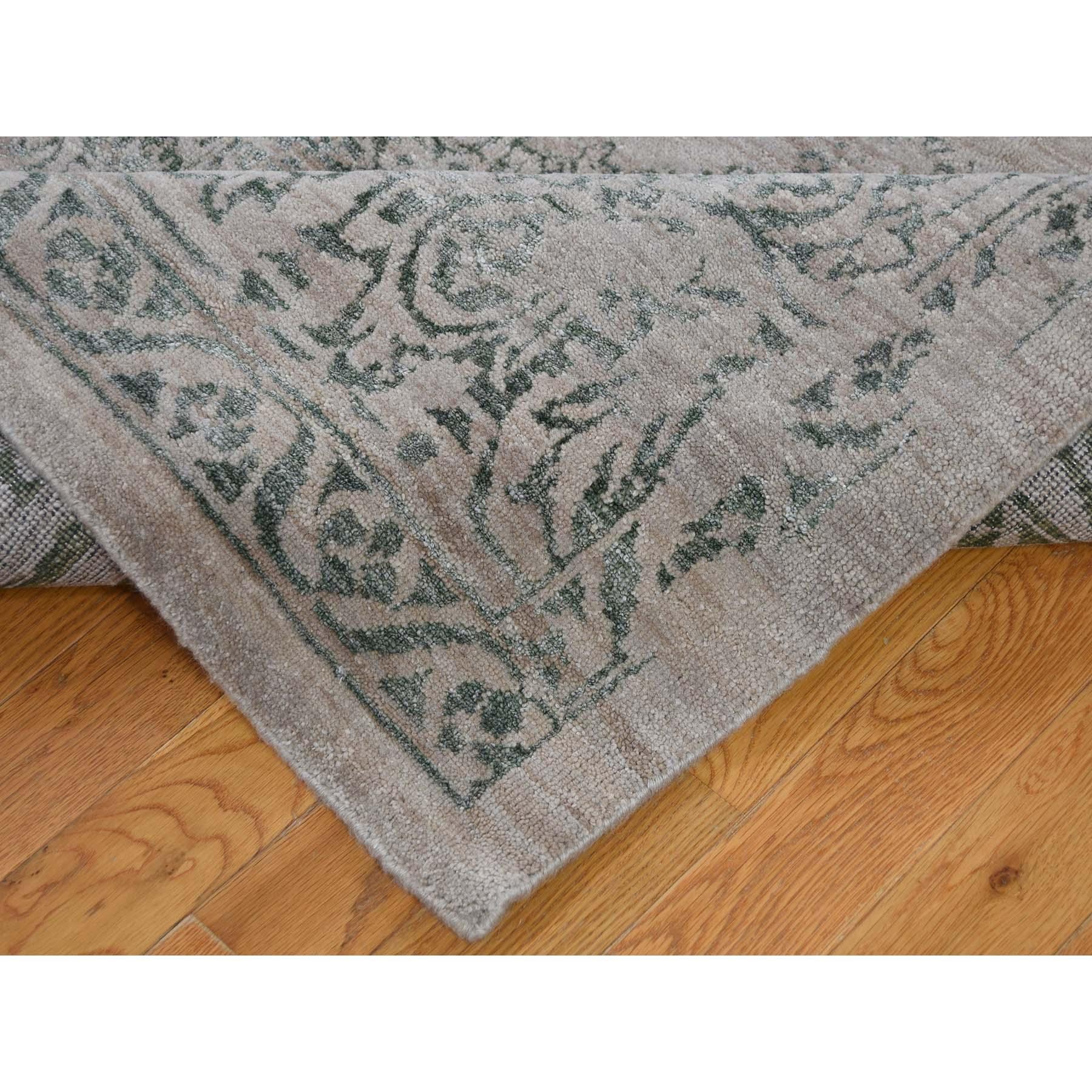 8-10 x12- Hand-Knotted Wool and Silk Broken Heriz Design Oriental Rug