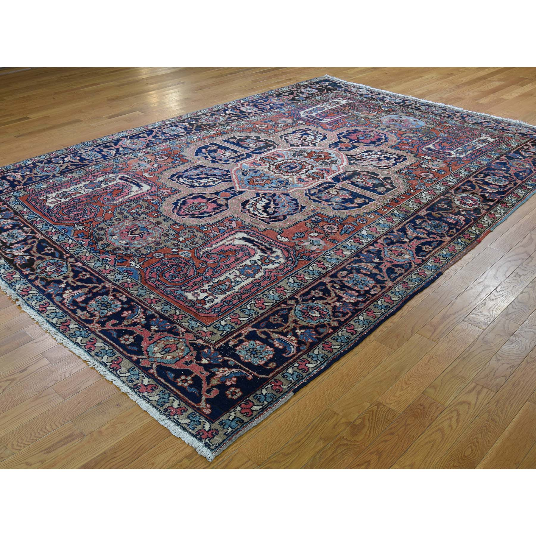 7-9 x11- Flower Design Antique Persian Heriz Good Condition Hand-Knotted Oriental Rug