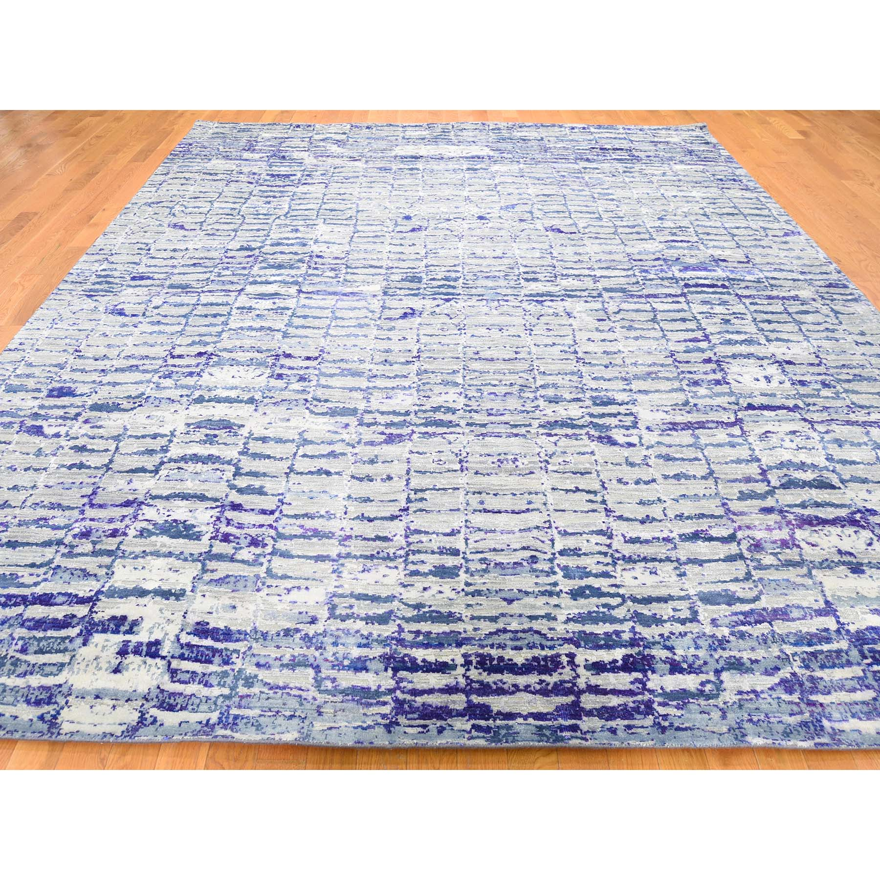 "10'2""x13'10"" Sari Silk Diminishing Bricks Hand-Knotted Oriental Rug"