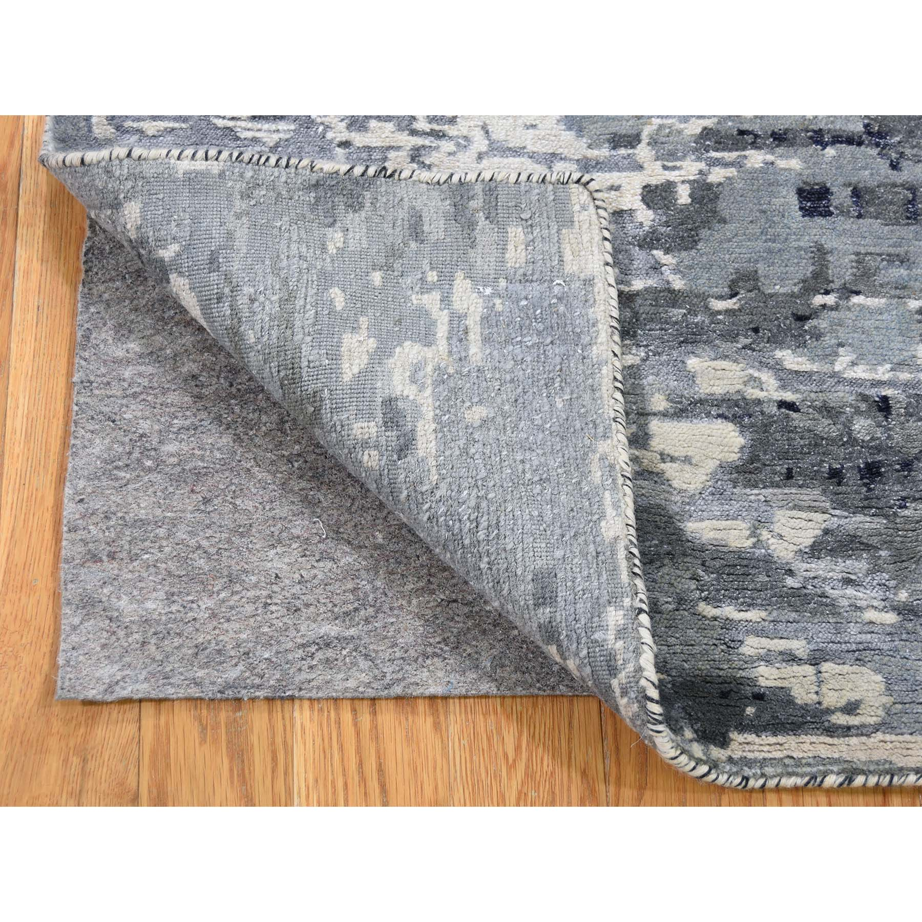 2-x3- Hi-Low Pile Abstract Design Wool And Silk Hand-Knotted Oriental Rug Mat