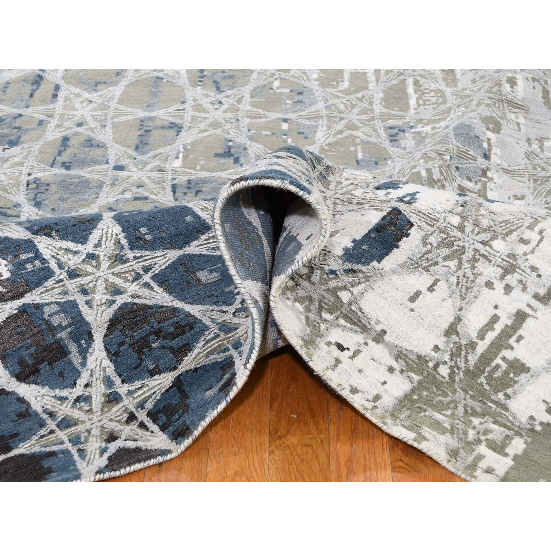 10-x14-1  THE HONEYCOMB Hand-Knotted Wool and Silk Award Winning Design Oriental Rug