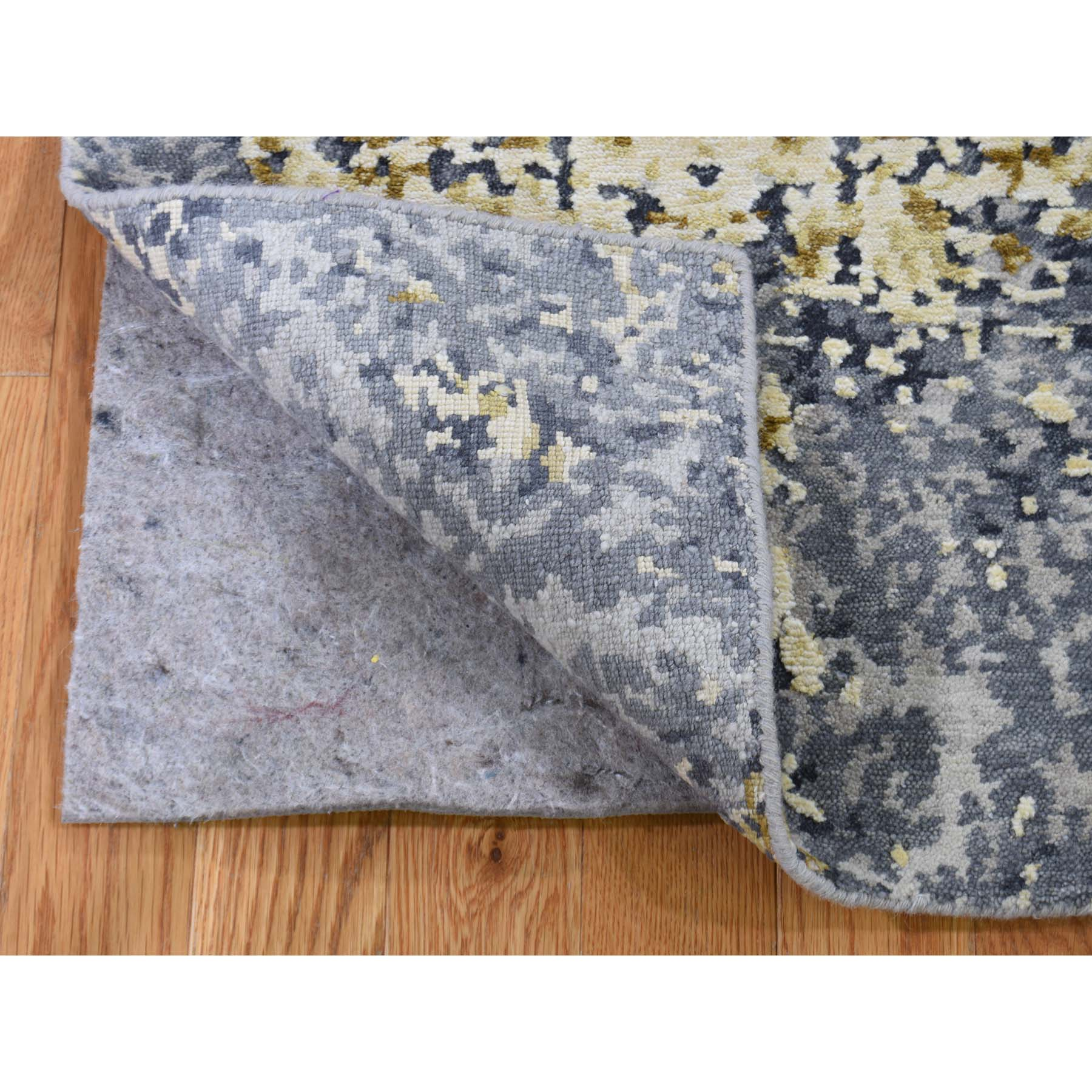 2-x3- Wool And Silk Abstract Design Hand-Knotted Modern Oriental Rug