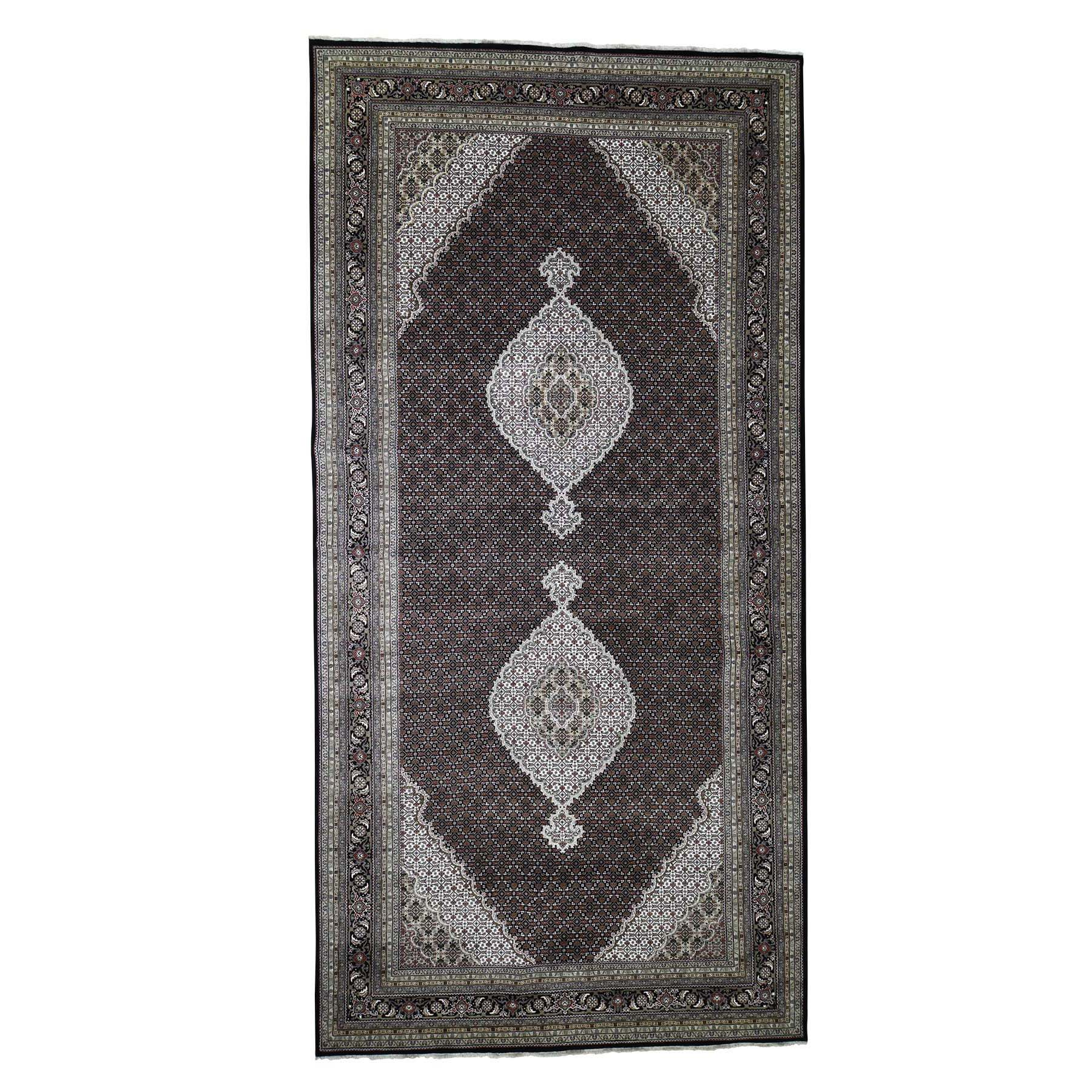 "9'x18'2"" Gallery Size Tabriz Mahi Design Wool and Silk Hand-Knotted Oriental Rug"