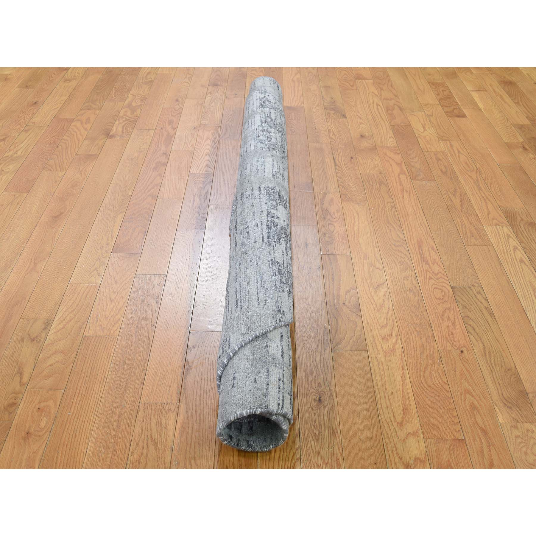 """6'1""""x6'1"""" Undyed Natural Wool Hand Spun Yarn Oriental Hand-Knotted Rug"""