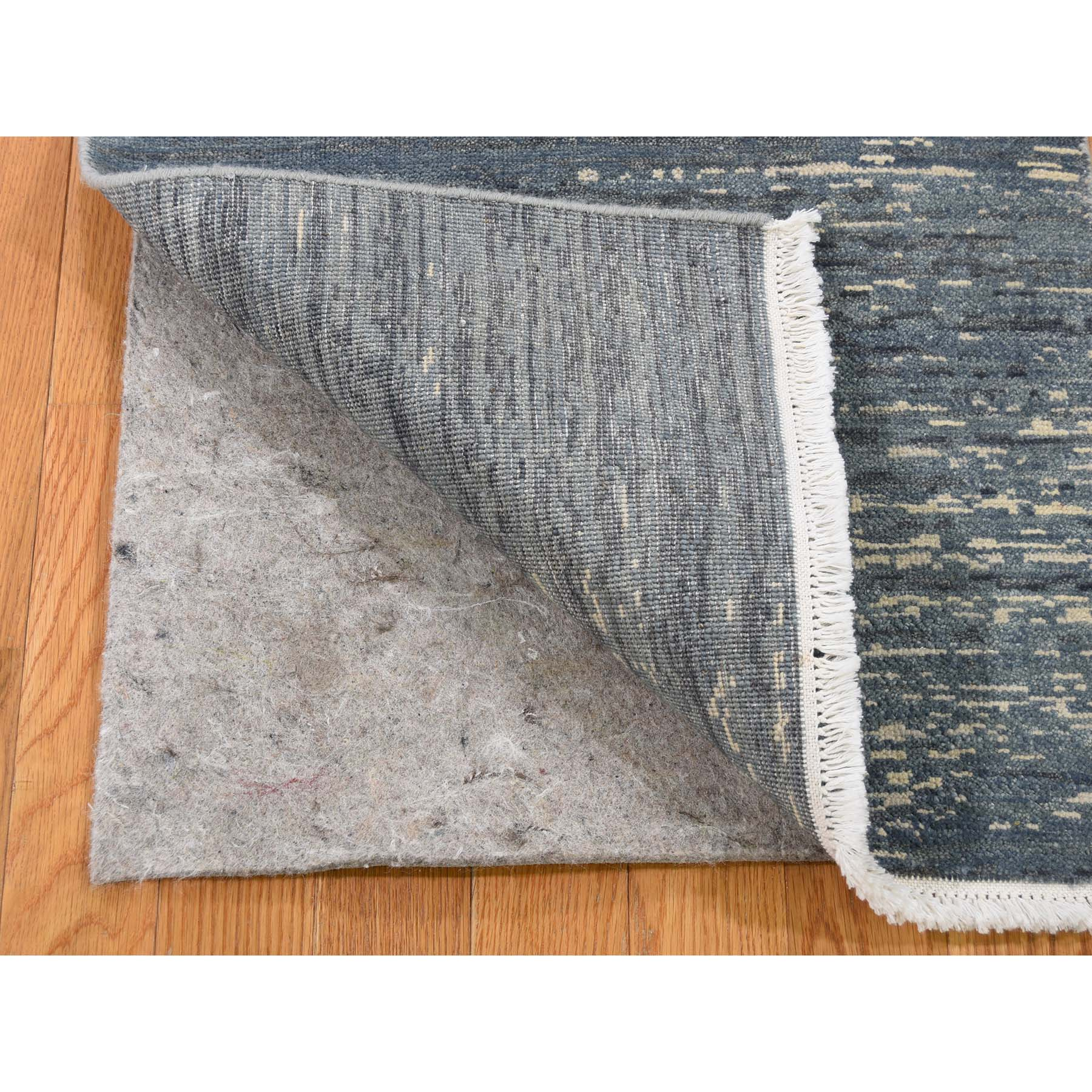 2-x2-2  Pure Wool Abstract Design Hand-Knotted Oriental Sample Rug