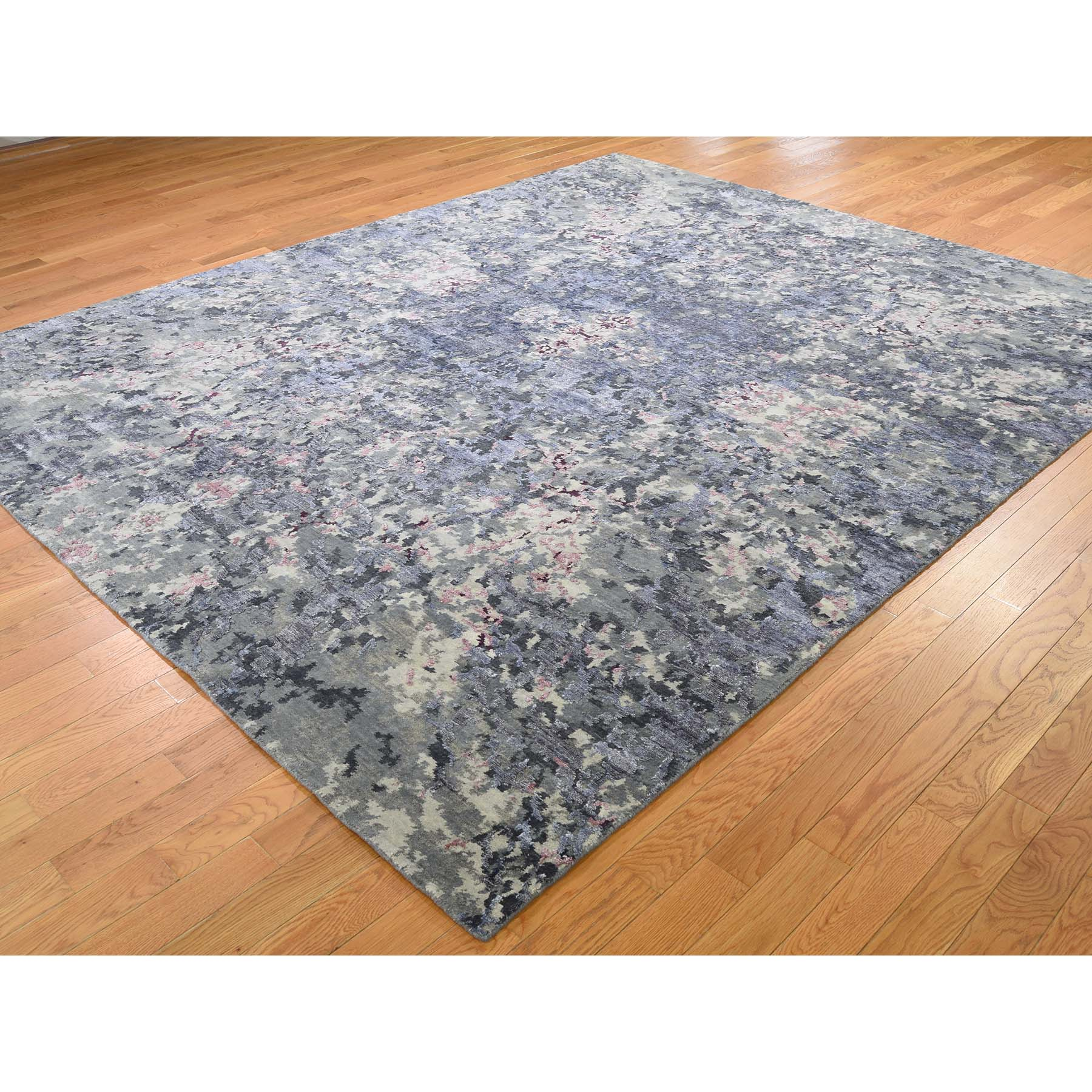 8-x9-9  Abstract Design Wool And Silk Hand-Knotted Oriental Rug