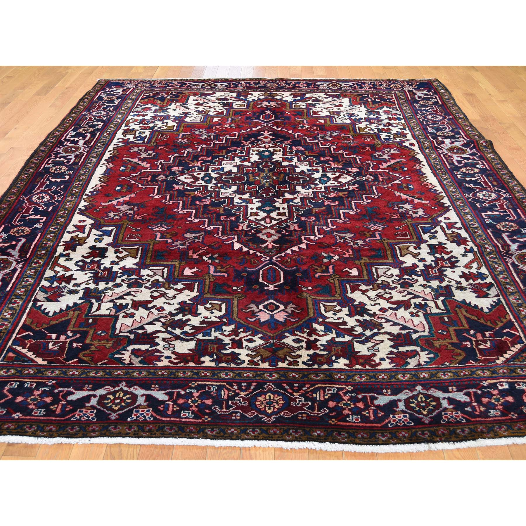 7-6 x11-1  Red & Ivory Semi Antique Heriz Excellent Condition Hand-Knotted Oriental Rug