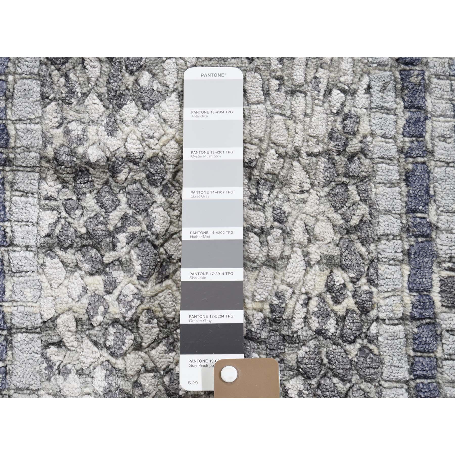 2-2 x3-2  Gray Silken Roman Mosaic Design Hand-Knotted Oriental Rug