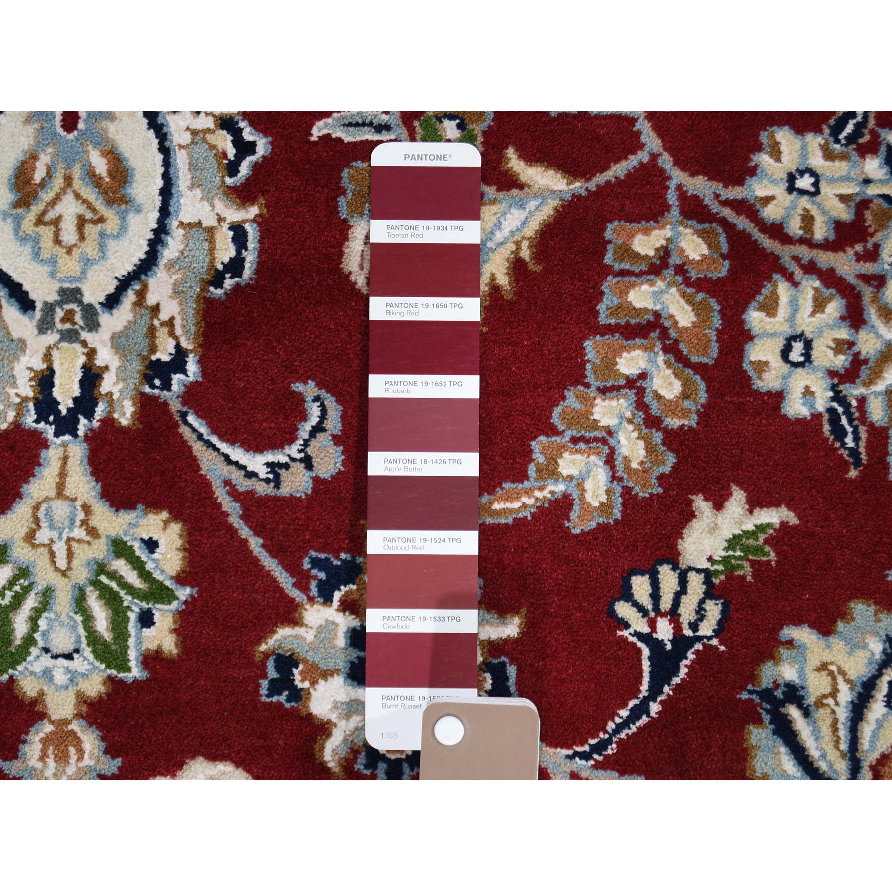 9-8 x9-8  Hand-Knotted Wool And Silk 250 Kpsi Red Nain Round Oriental Rug