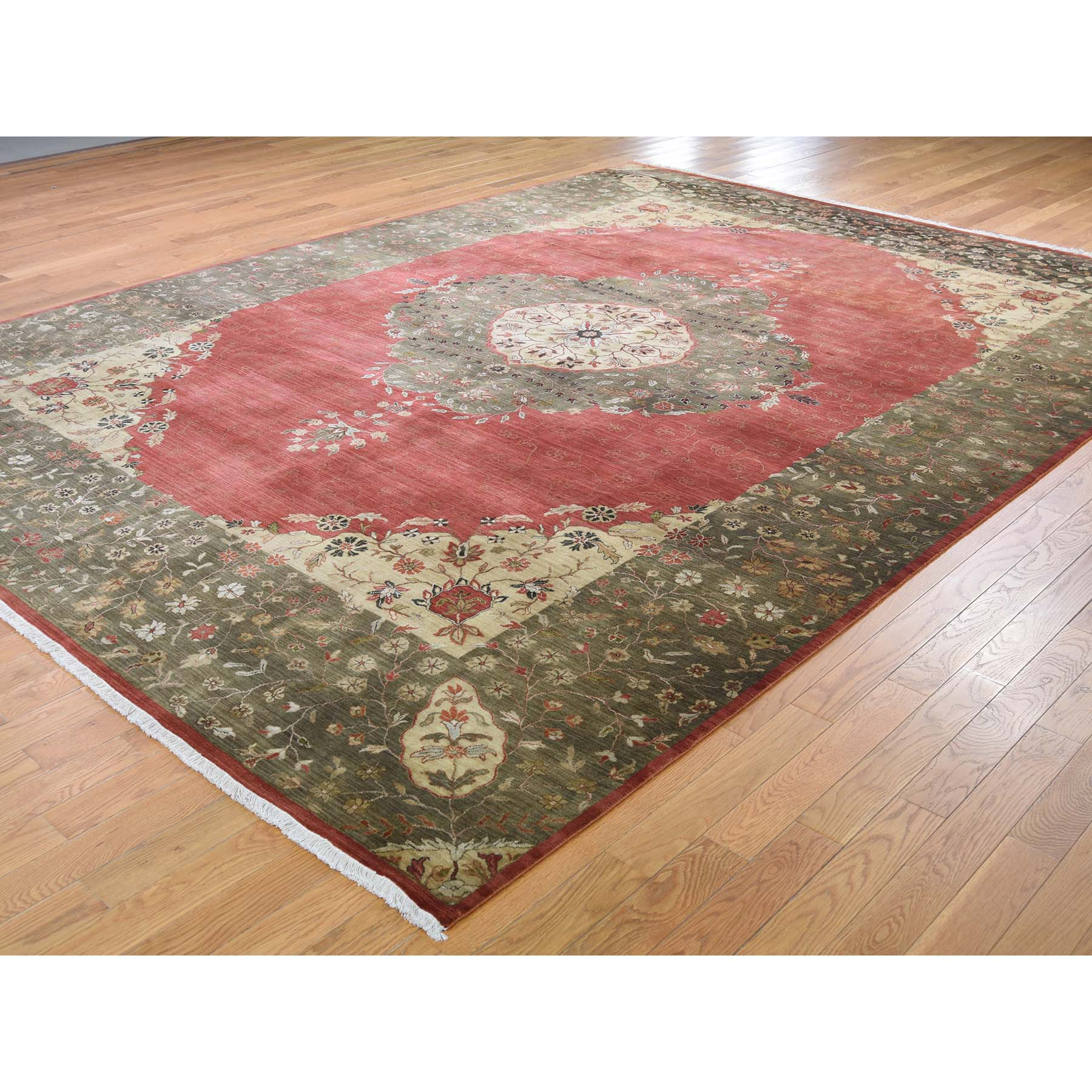 """9'x12'2"""" Red,Antiqued Tabriz 300 KPSI Vegetable Dyes Hand-Knotted Oriental Rug"""
