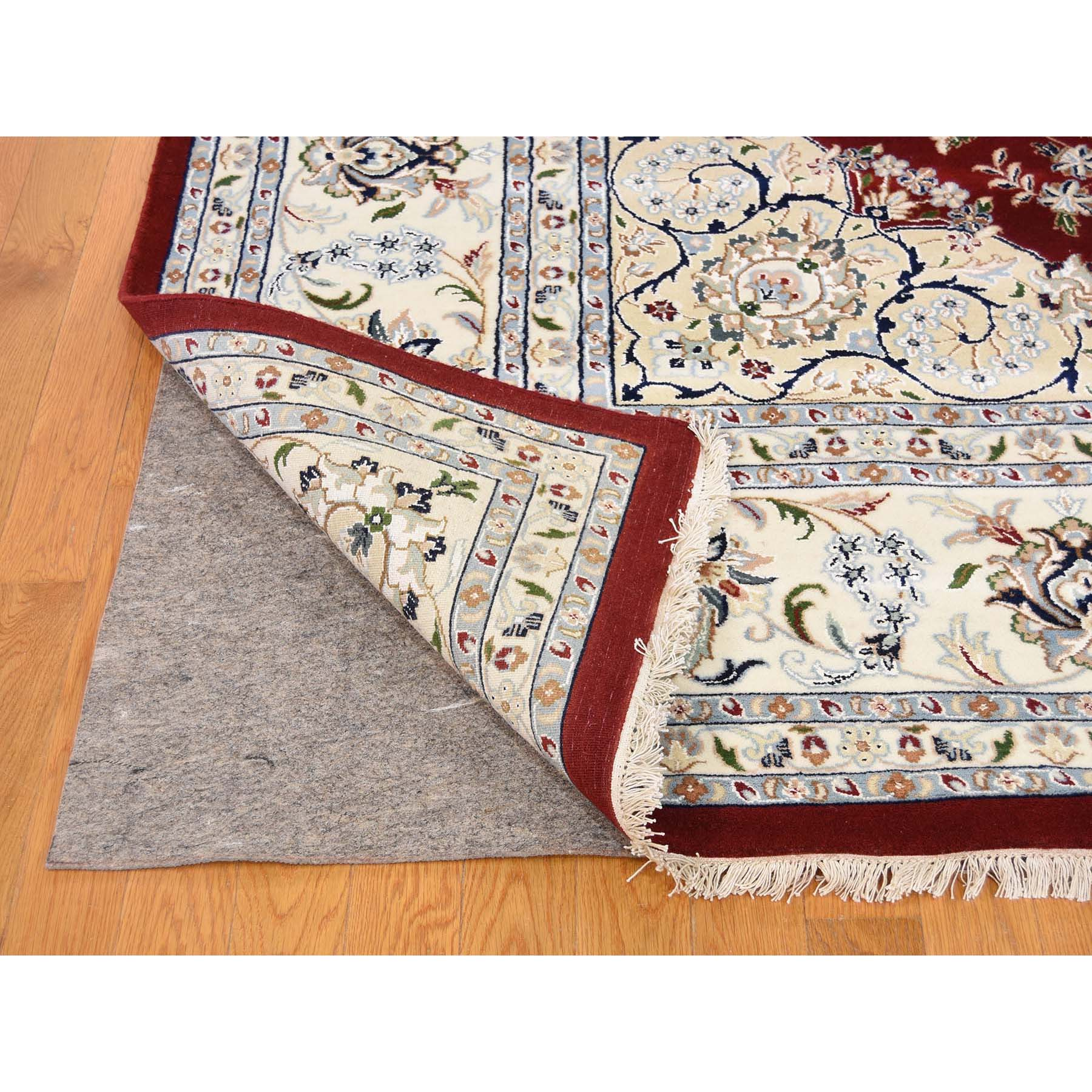 9-9 x14- 250 KPSI Red Wool and Silk Nain Hand Knotted Oriental Rug