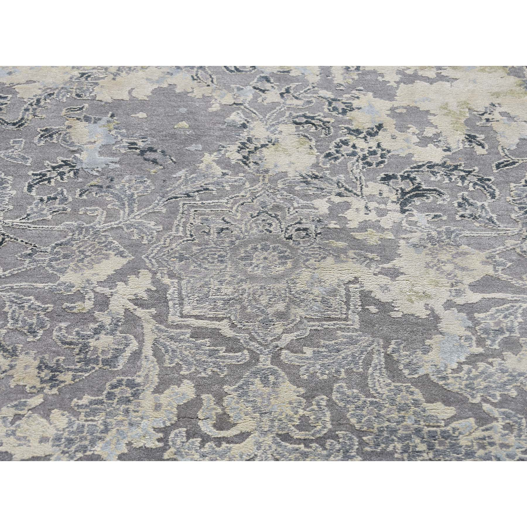 9'x12' Broken Persian Design Wool With Pure Silk Hand-Knotted Oriental Rug