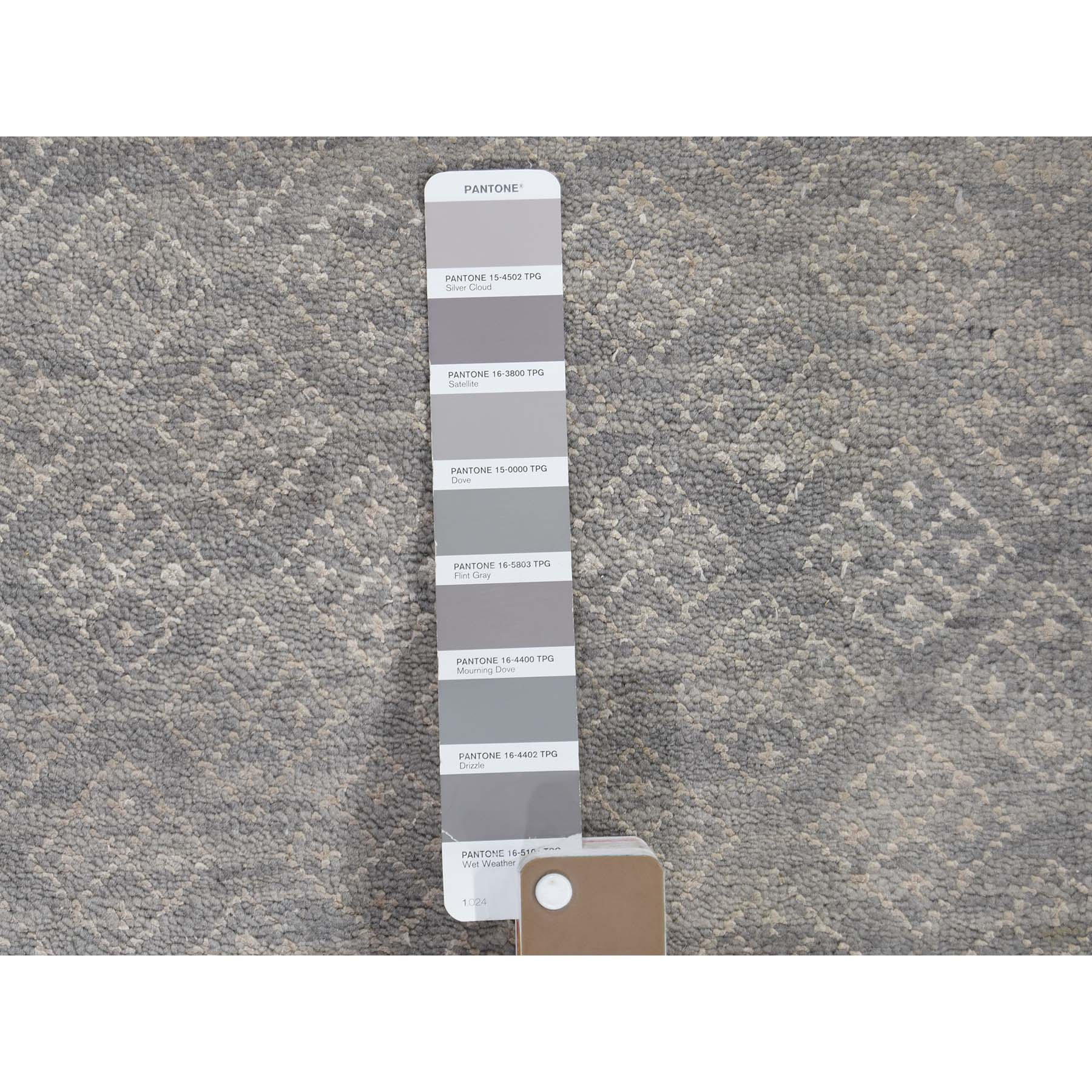 8-10 x11-10  Gray Modern Tone on Tone Wool and Silk Hand Knotted Oriental Rug