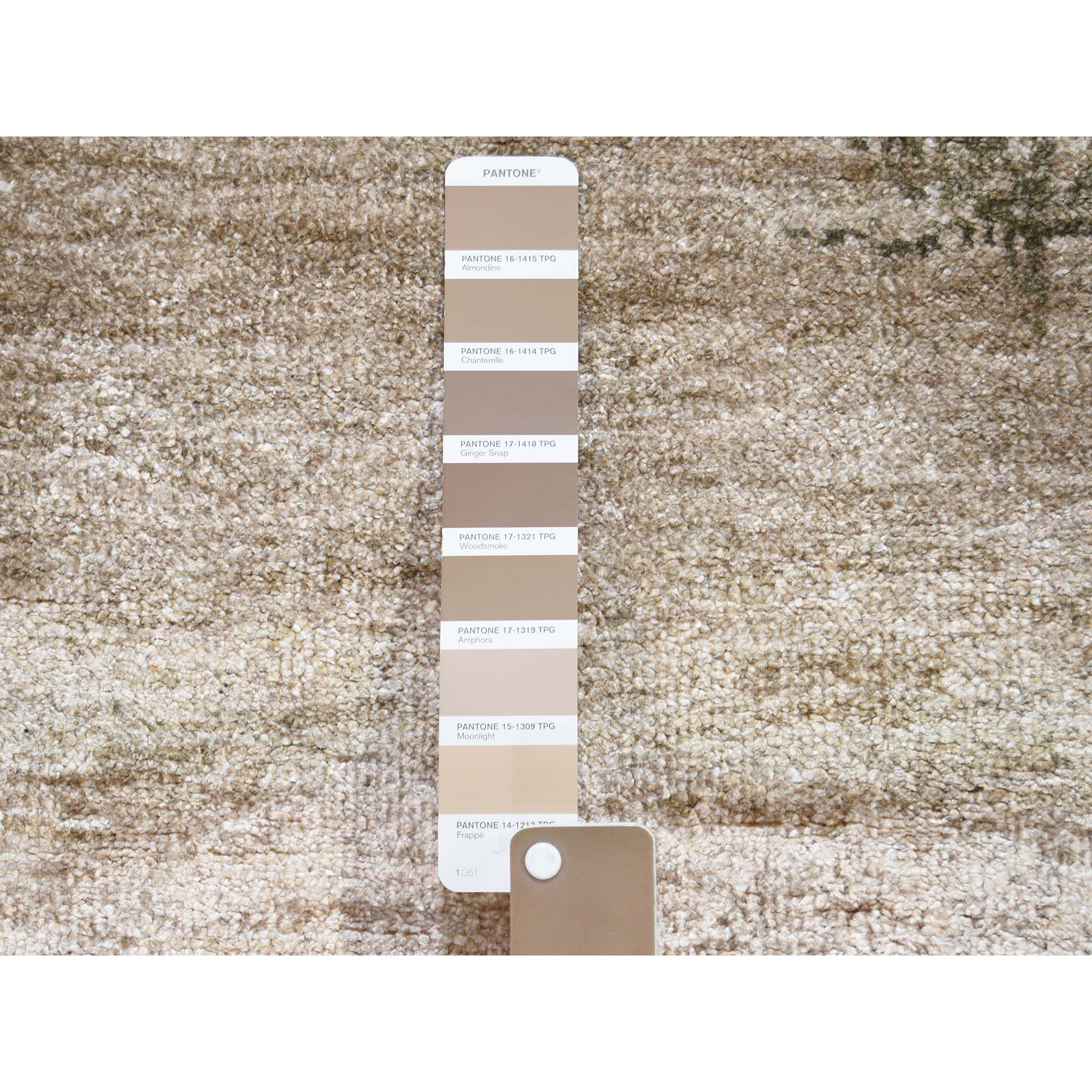 """3'x5'2"""" Hi-Low Pile Abstract Design Wool And Silk Hand-Knotted Oriental Rug"""