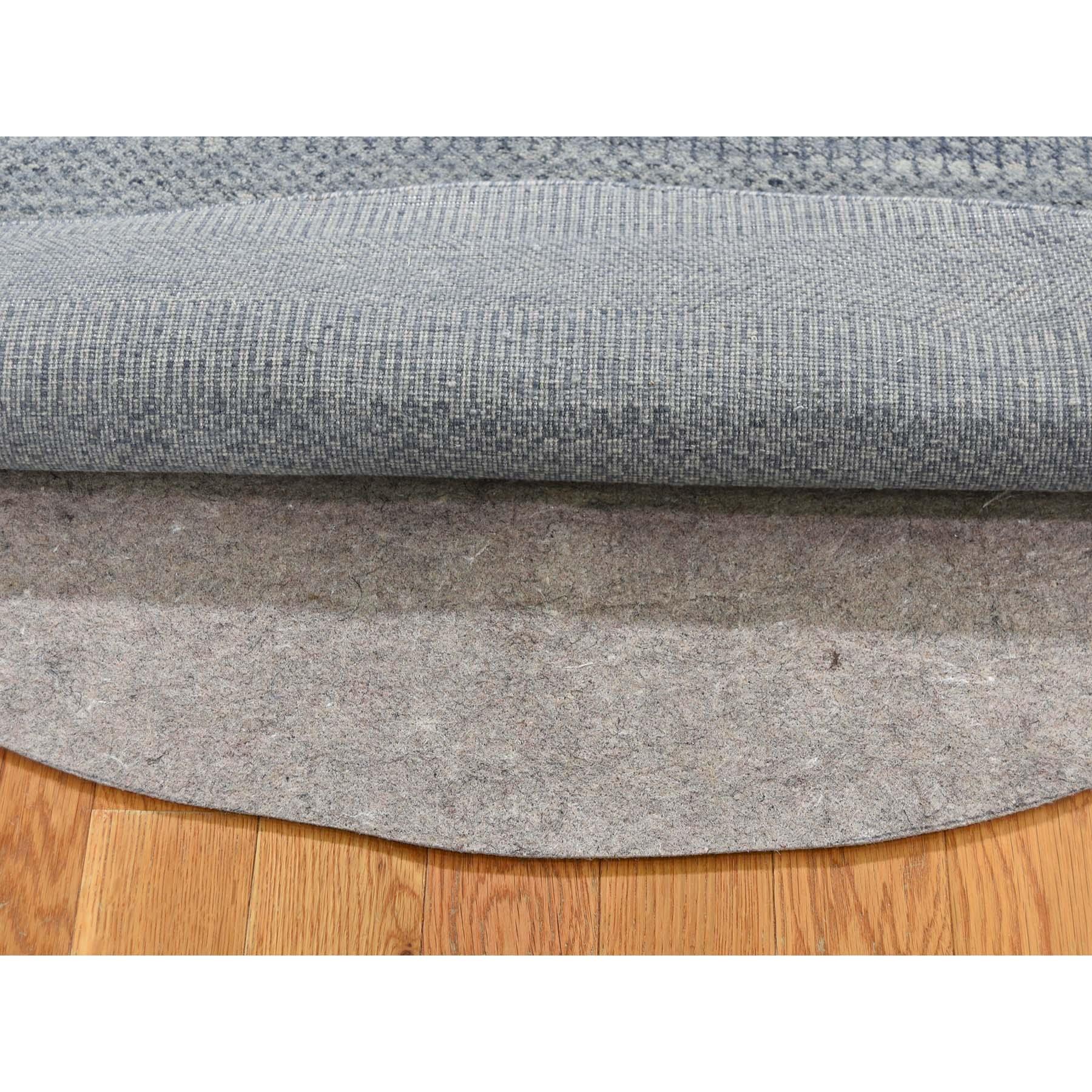 5-10 x5-10  Round Wool and Silk Grass Design Hand-Knotted Oriental Rug