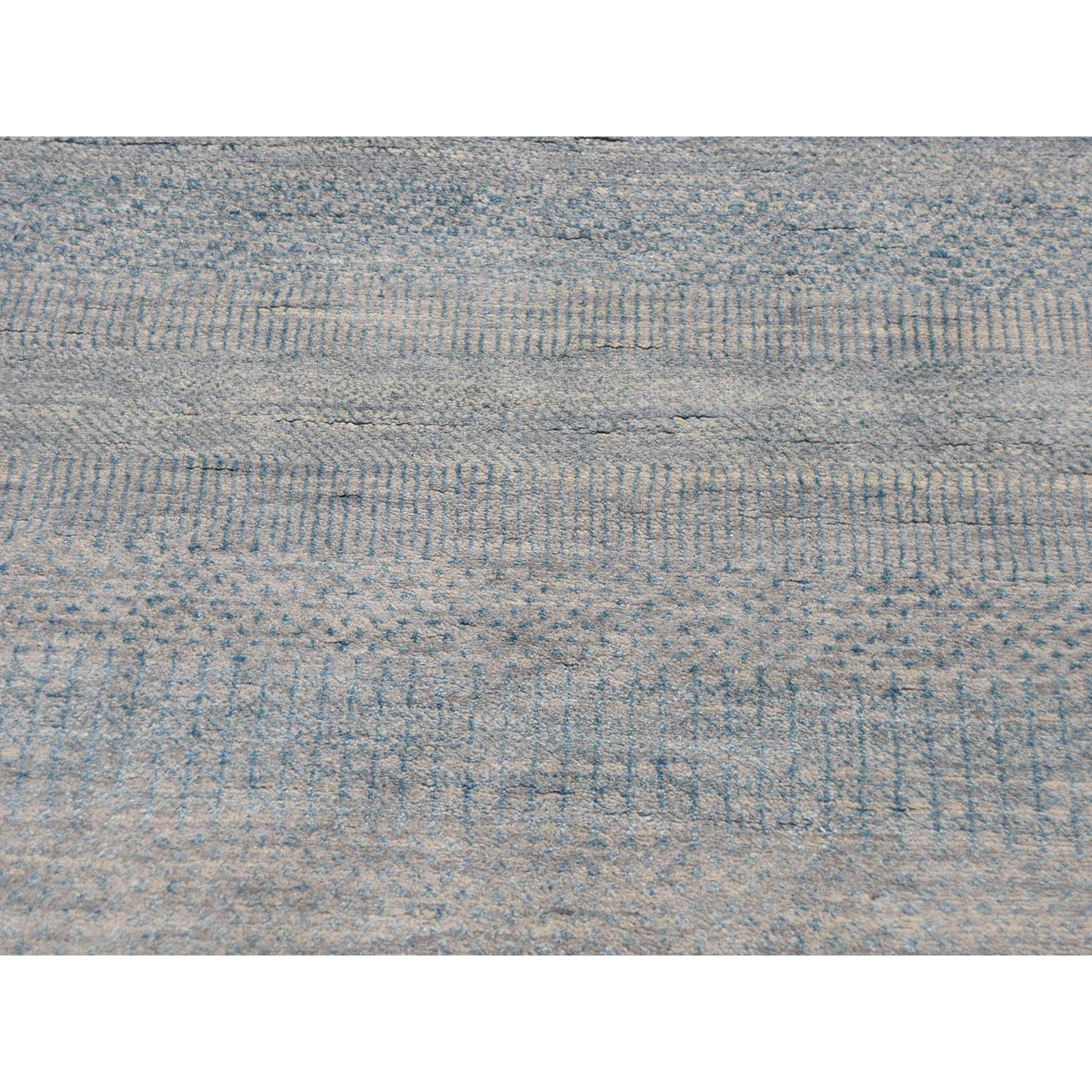 8-x8- Round Grass Design Wool And Silk Hand-Knotted Oriental Rug
