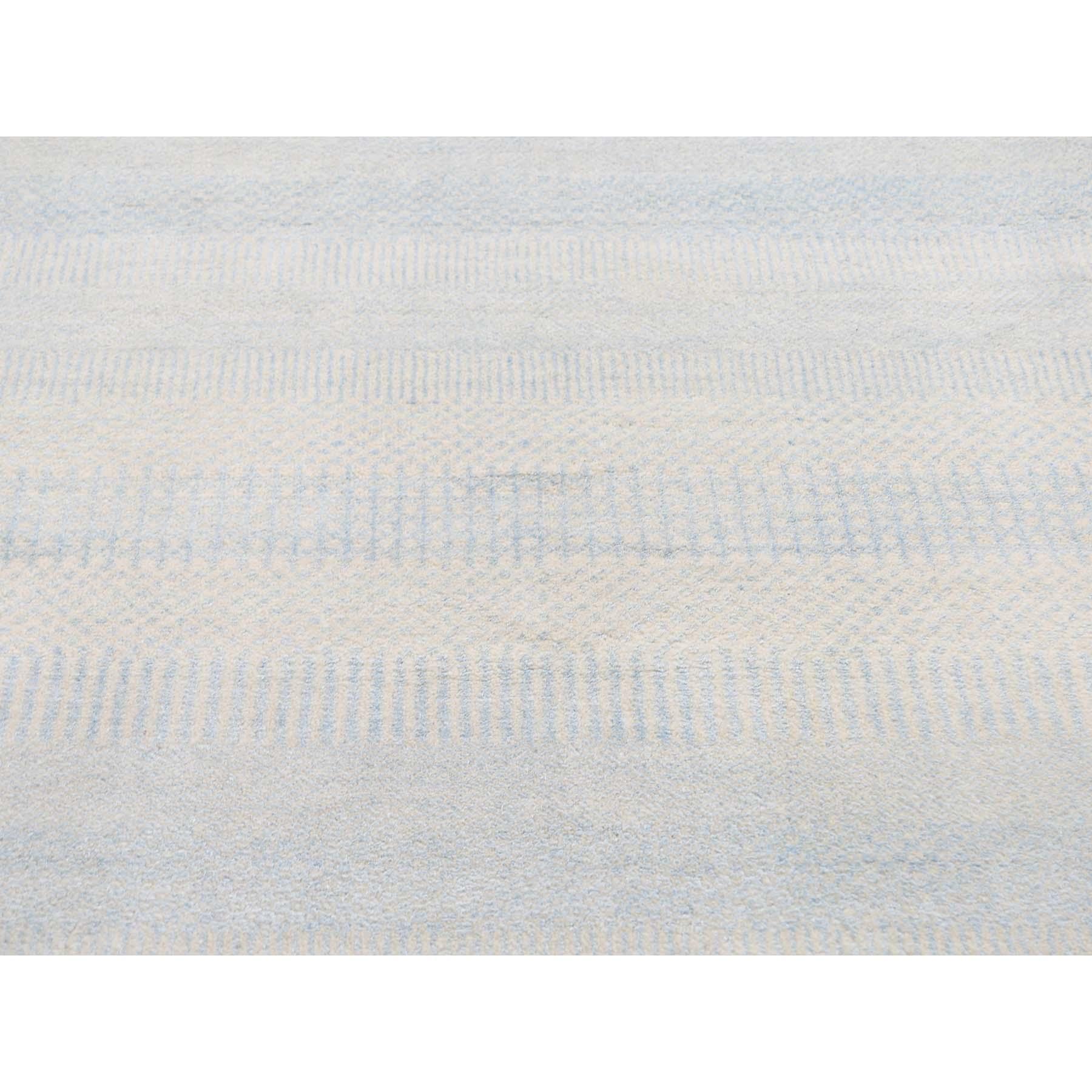 11-8 x11-8  Hand-Knotted Round Wool and Silk Grass Design Oriental Rug