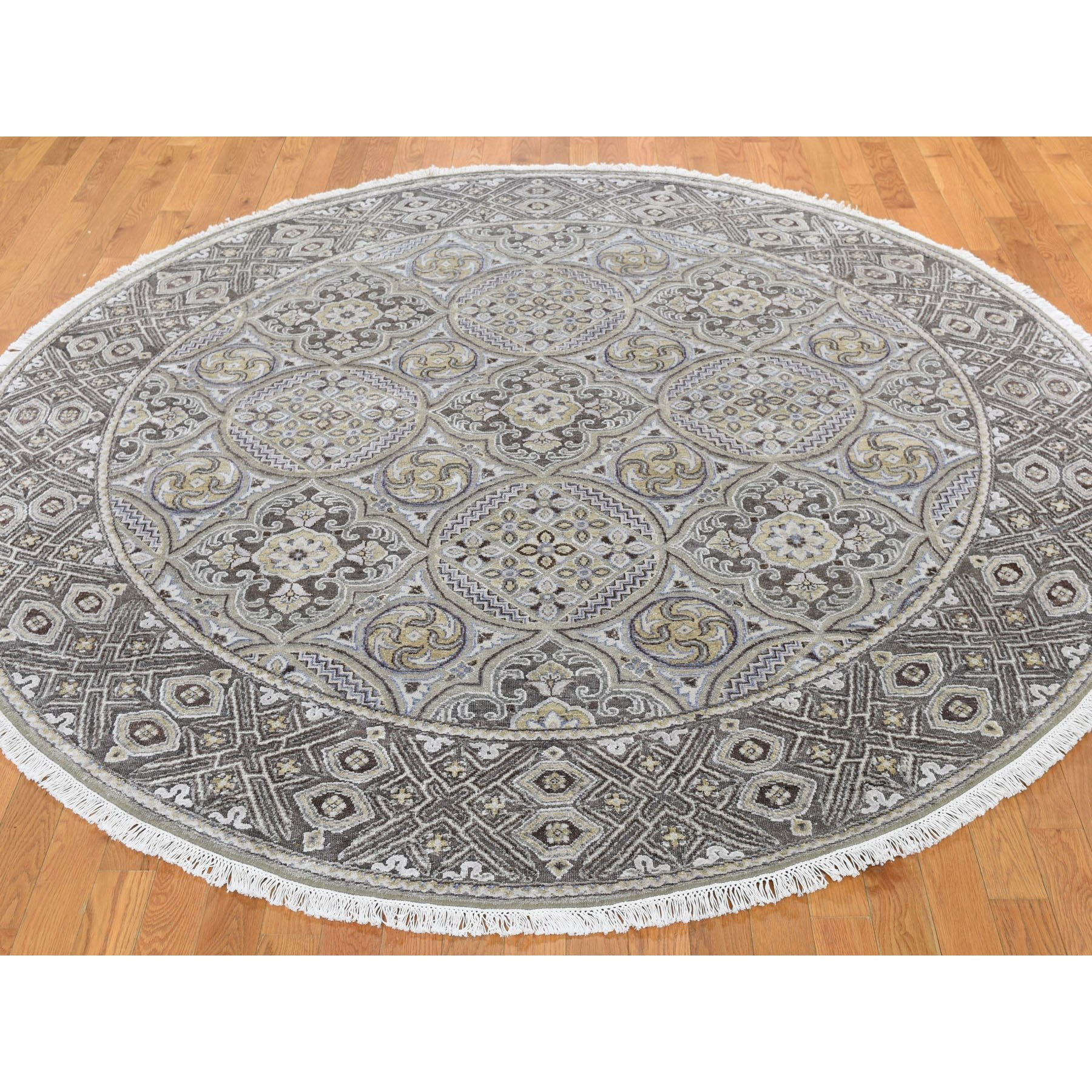 10-x10- Textured Wool and Silk Mughal Inspired Medallions Round Hand-Knotted Oriental Rug