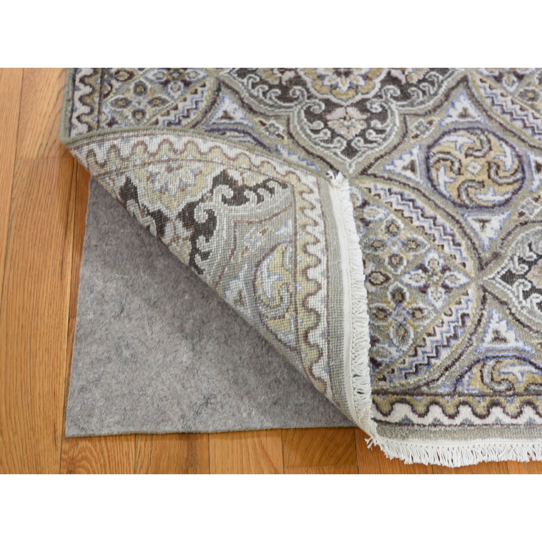 2-7 x7-9  Textured Wool And Silk Mughal Inspired Medallions Runner Oriental Rug