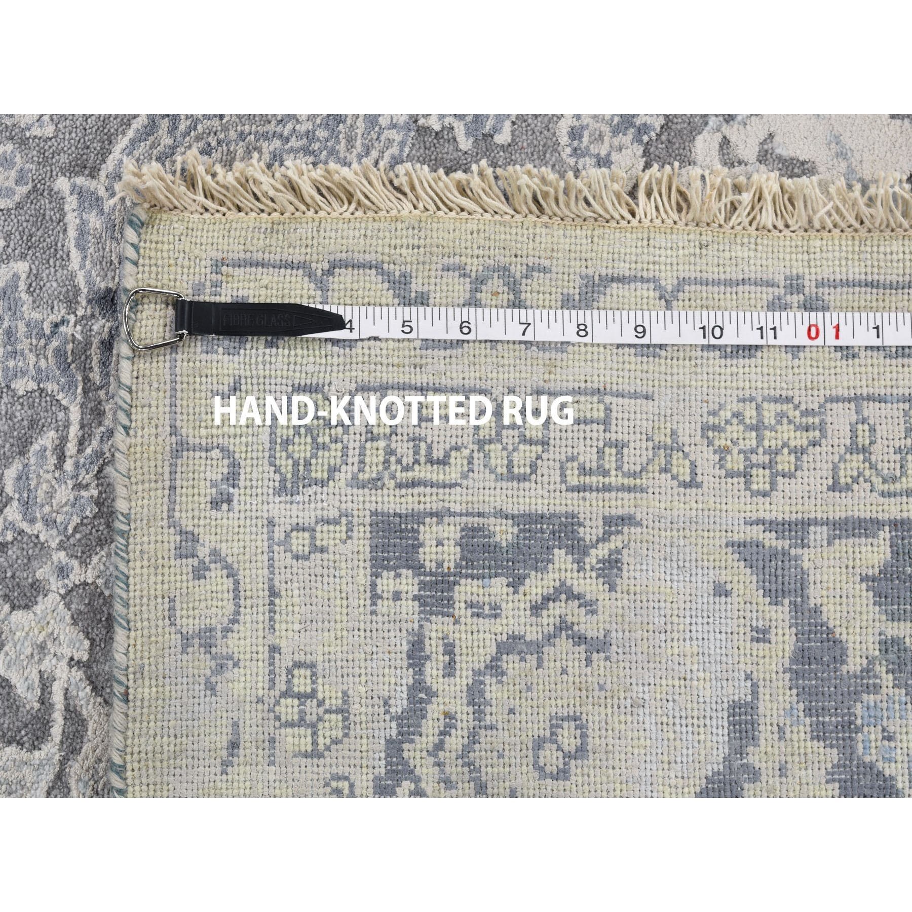 6-x9- Broken Persian Design With Pure Silk Hand-Knotted Oriental Rug