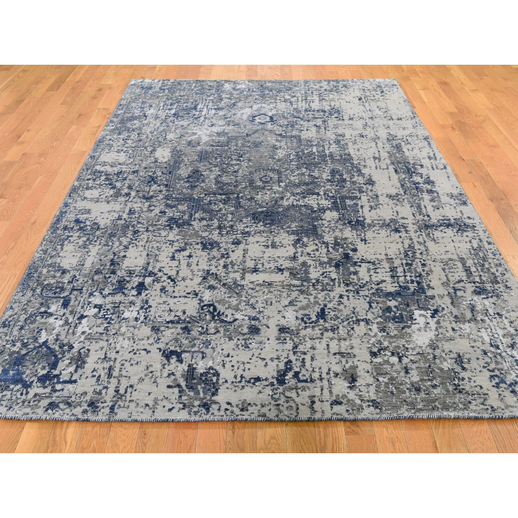 "6'1""x9'1"" Blue-Gray Erased Heriz Design Wool and Silk Hand-Knotted Fine Oriental Rug"