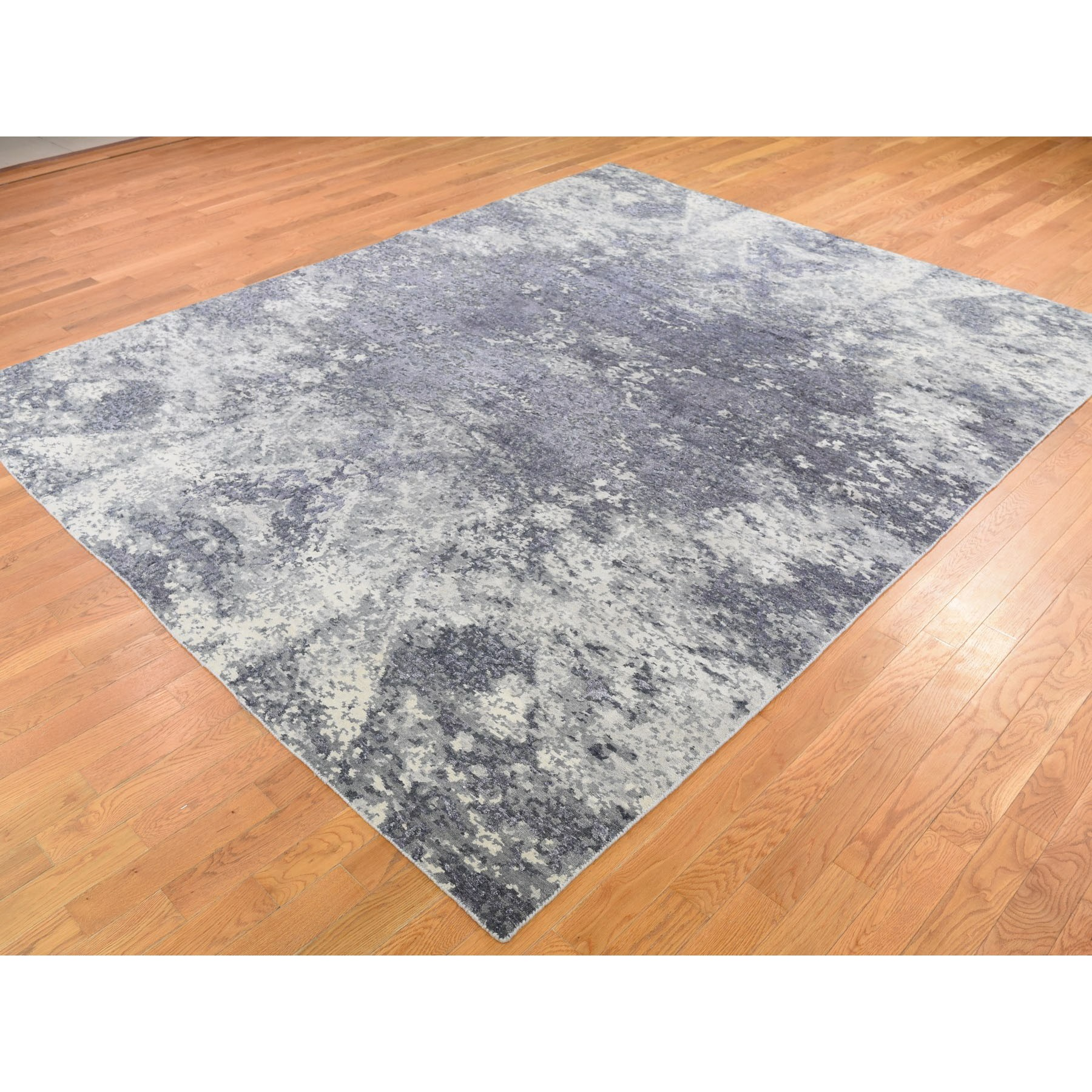 8-x9-9  Wool And Silk Abstract Tone-On-Tone Gray Hand Knotted Oriental Rug