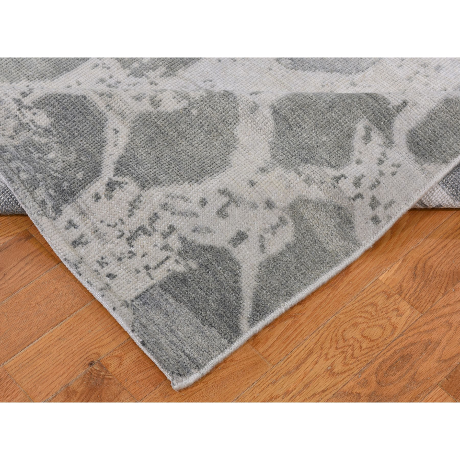 "5'10""x9' Distressed Look White Wash Oushak Boteh Design  Pure Wool Hand Knotted Oriental Rug"